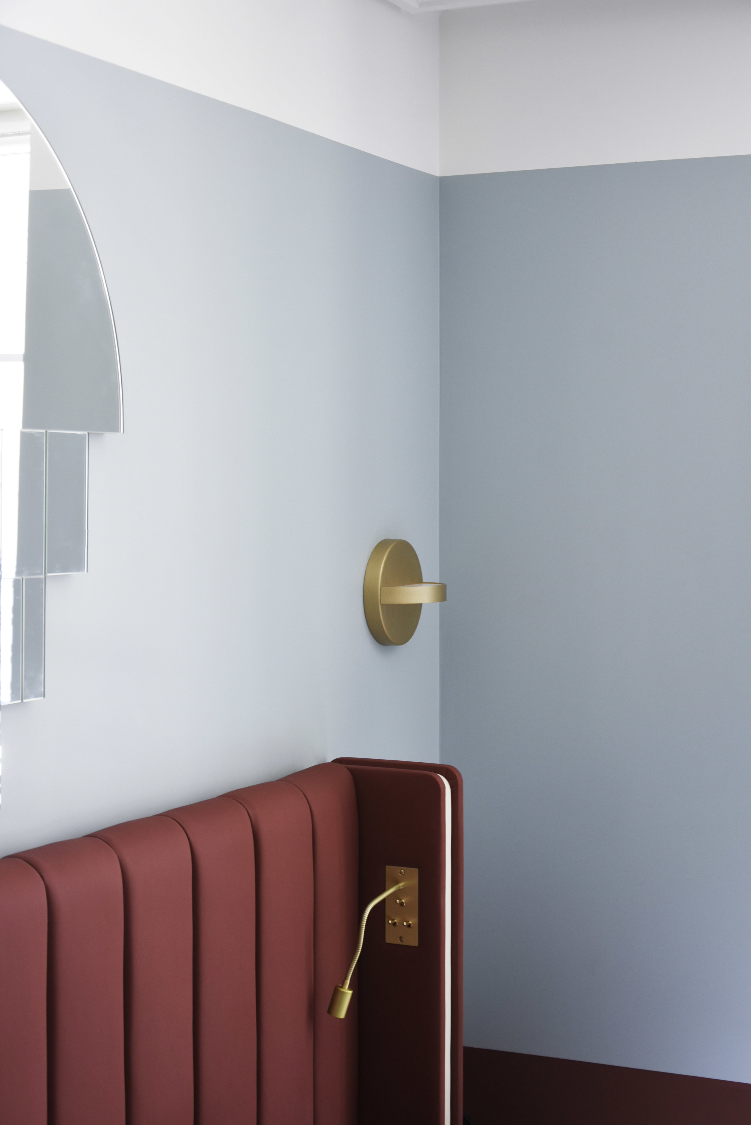 Hotel Parisianer / PLUS wall lamp