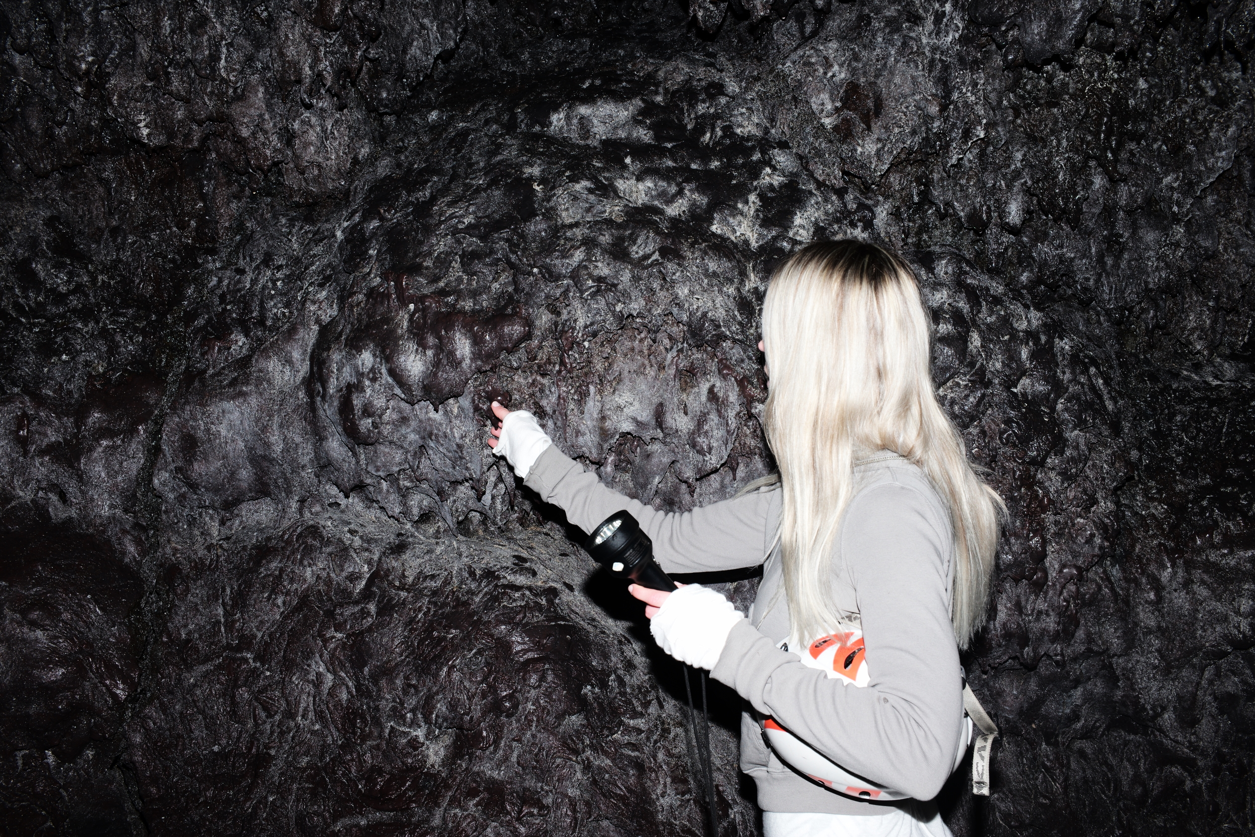 Amazing textures inside the cave