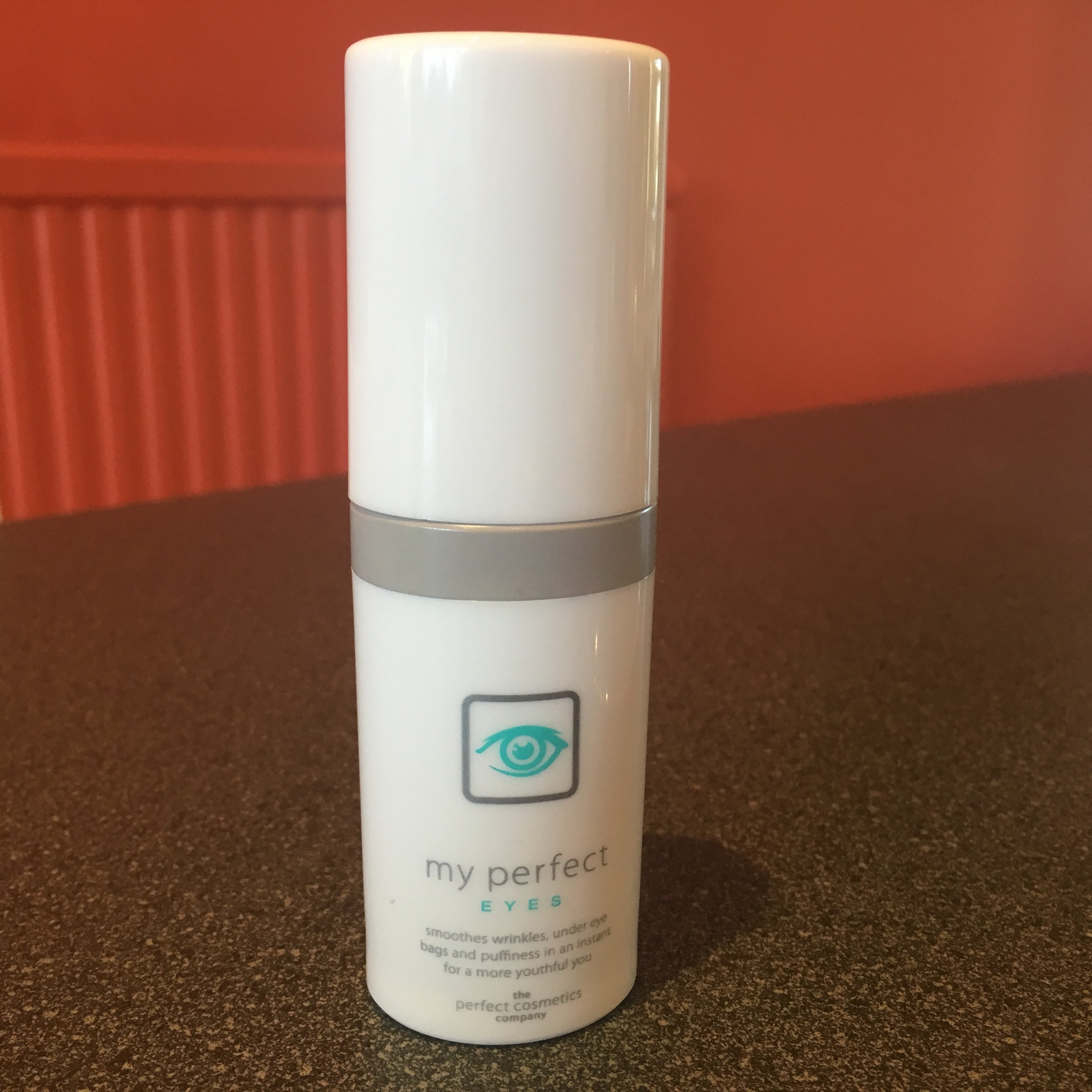 The product: My Perfect Eyes wrinkle-smoothing gel