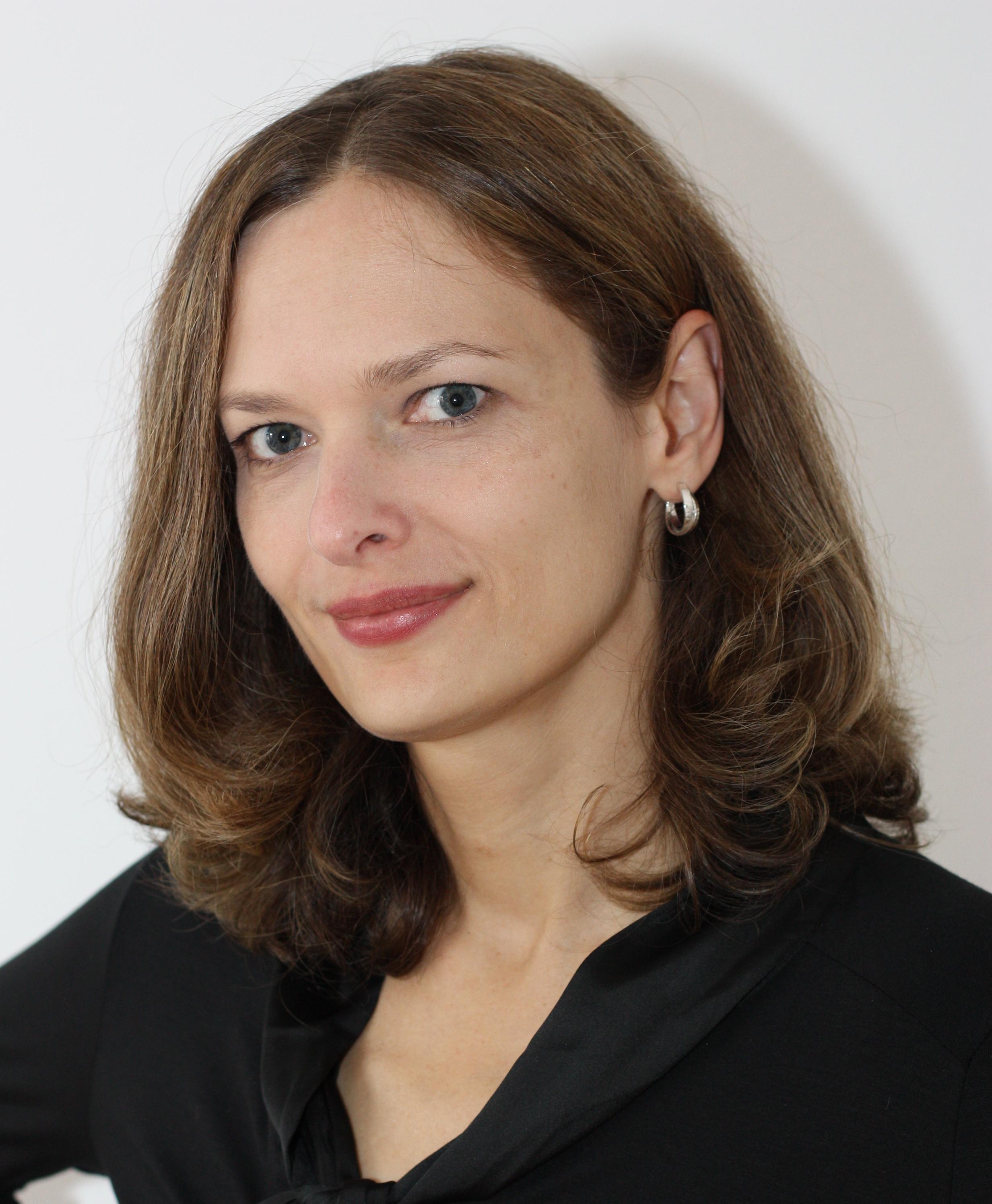Karin Thier.jpg