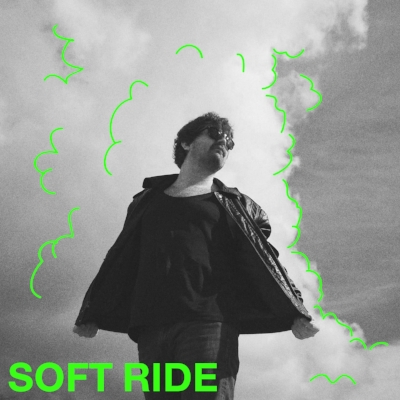 Soft Ride er soloprosjektet til Arne Håkon Tjelle, vokalist og låtskriver i Bloody Beach. Musikken beveger seg inn i landskapet western/psych/pop med lange instrumentalpartier og fengende melodier.