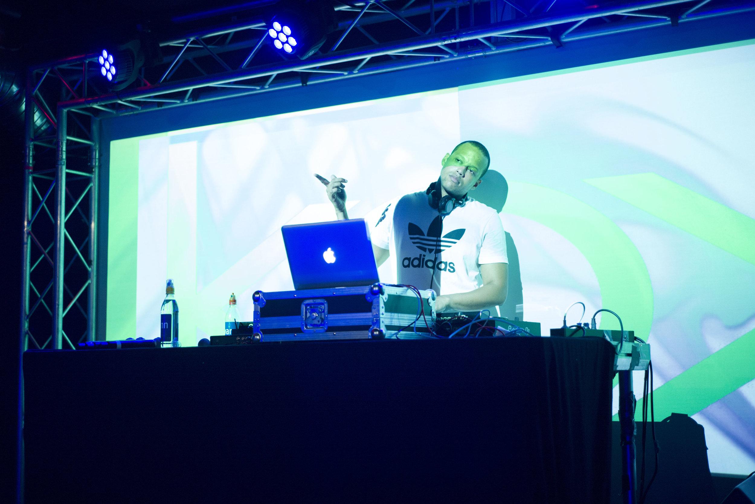 DJ Girson