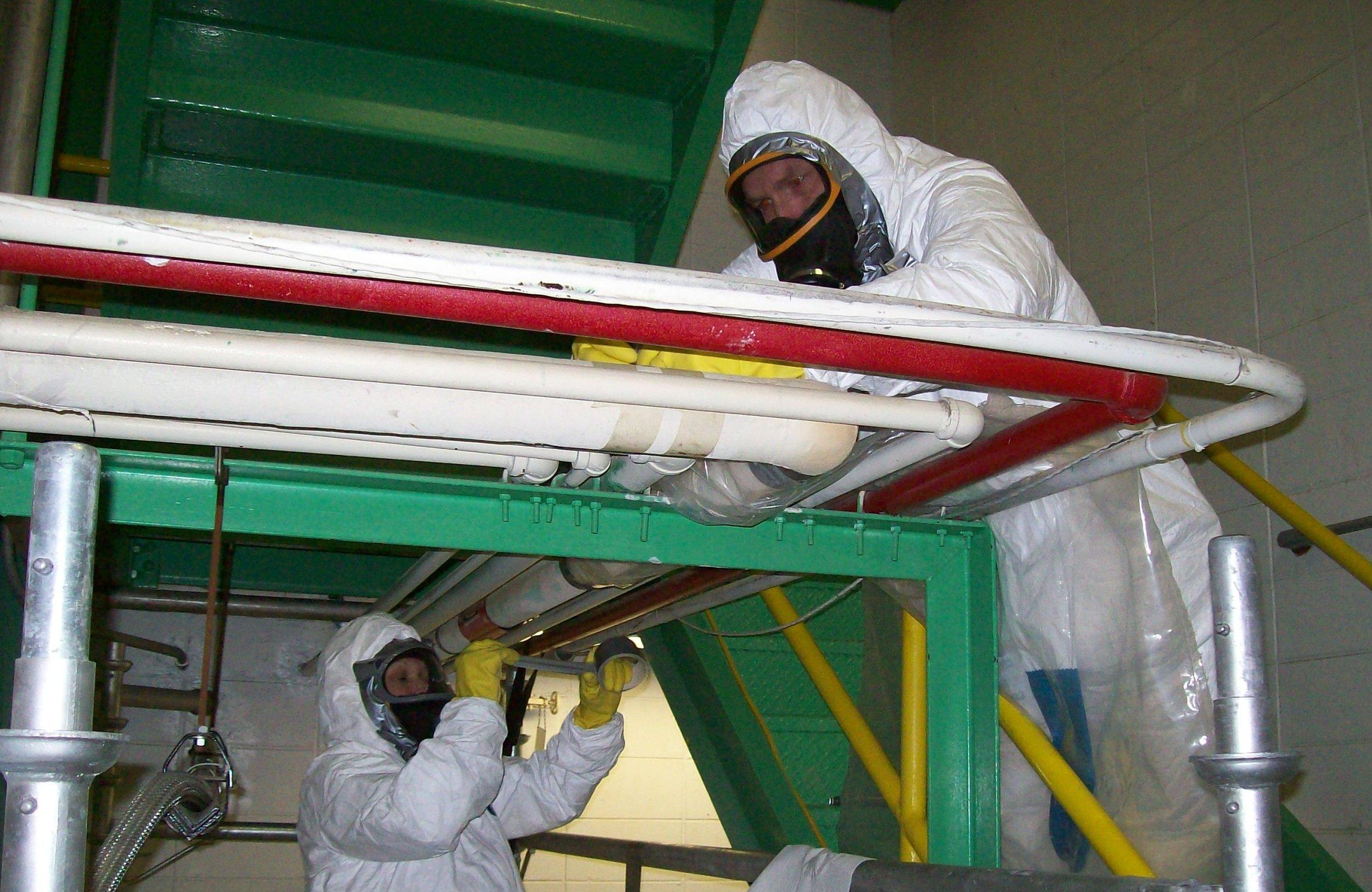 Workers_Complete_Asbestos_Removal.jpg
