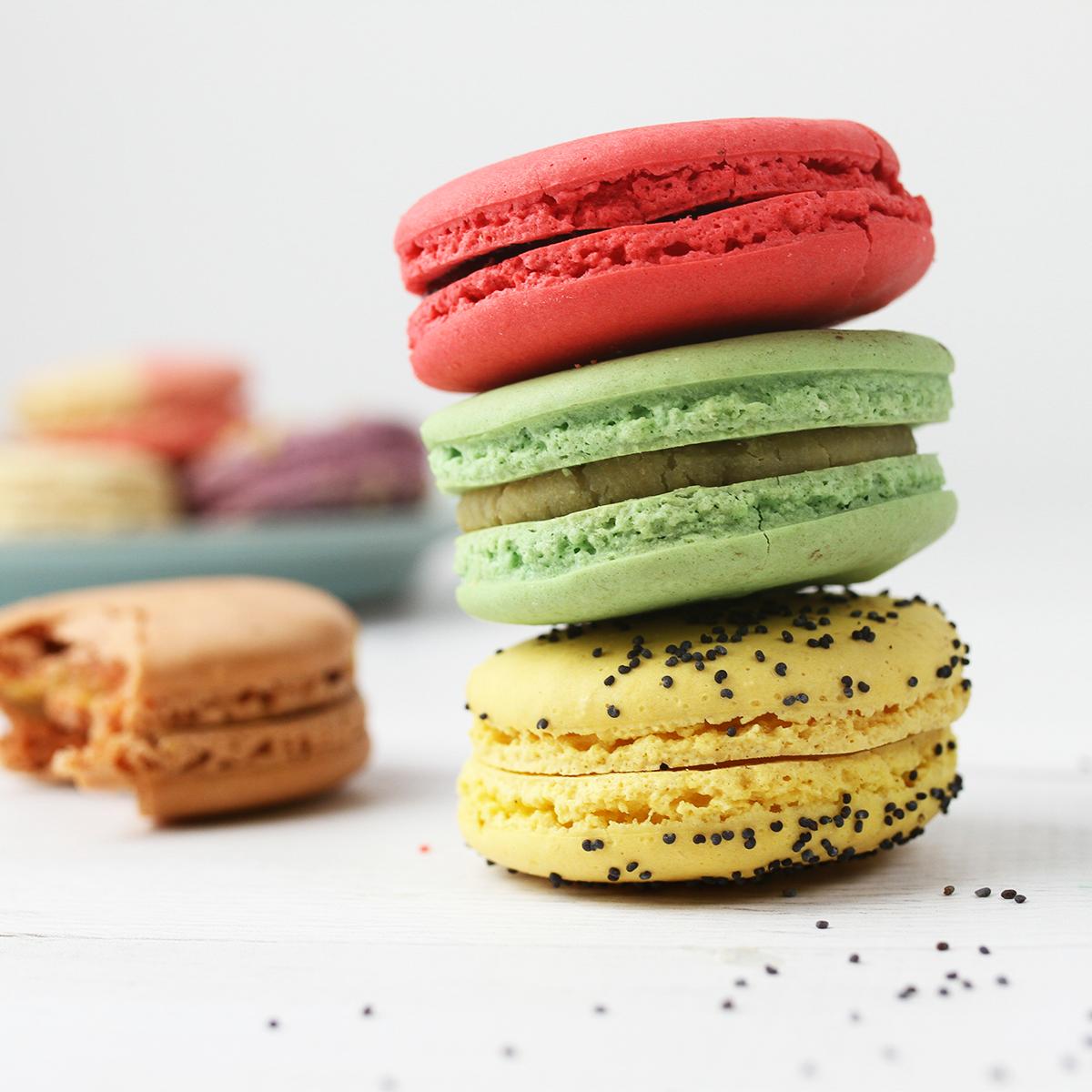 SEM_DessertCarousel_0000_Macaron1.png