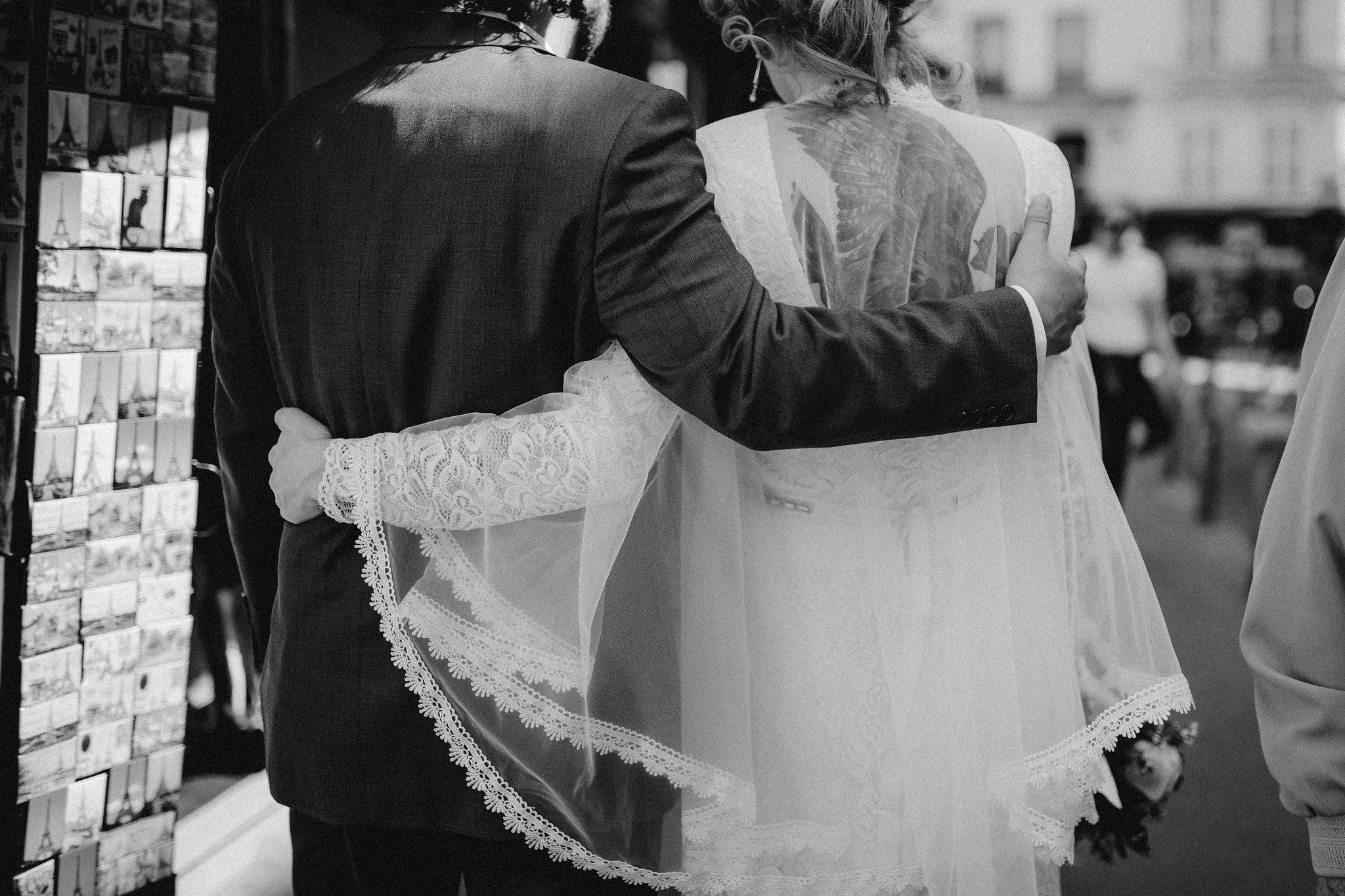 Paris_elopement_wedding_photographer-376.jpg