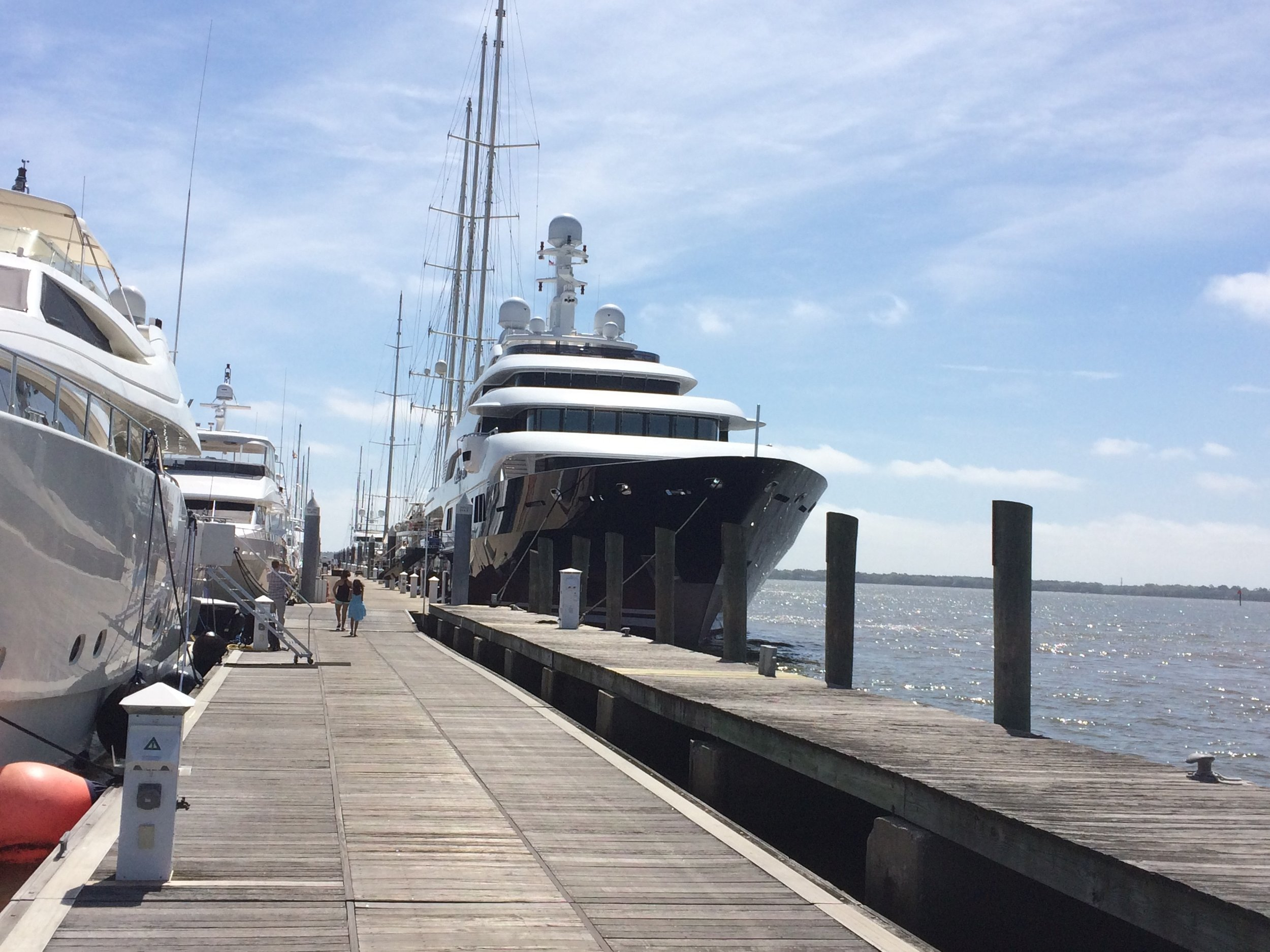 Looking down the length of the MegaDock at Charleston City Marina (Photo: Scott Meister/SCDNR)