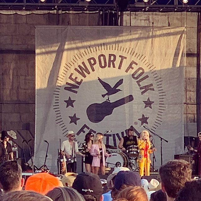 #newportfolkfest highlights day #2 🔥🤘🔊🎶 @dollyparton @maggierogers