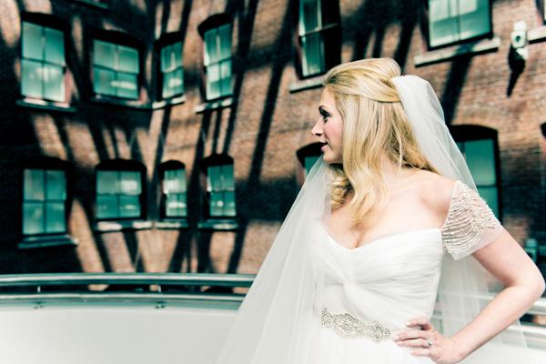 industrial-romantic-philadelphia-wedding-18.jpg
