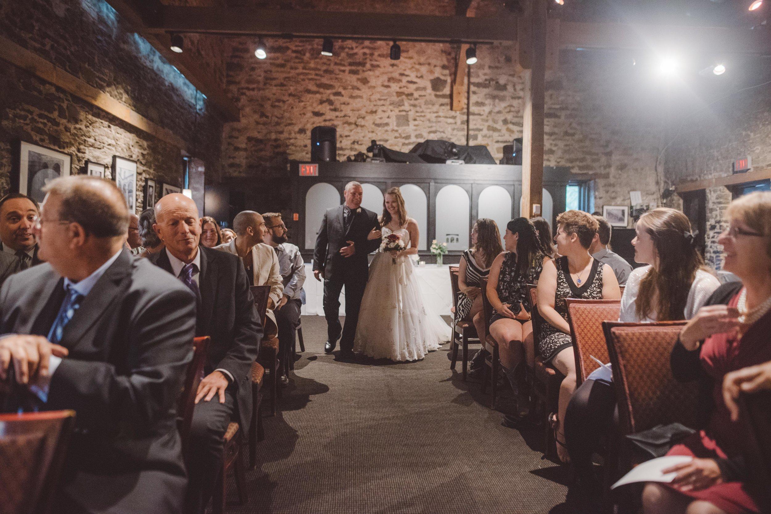 wedding_photographer_lifestyle_documentary_photographe_ottawa_gatineau-40.jpg