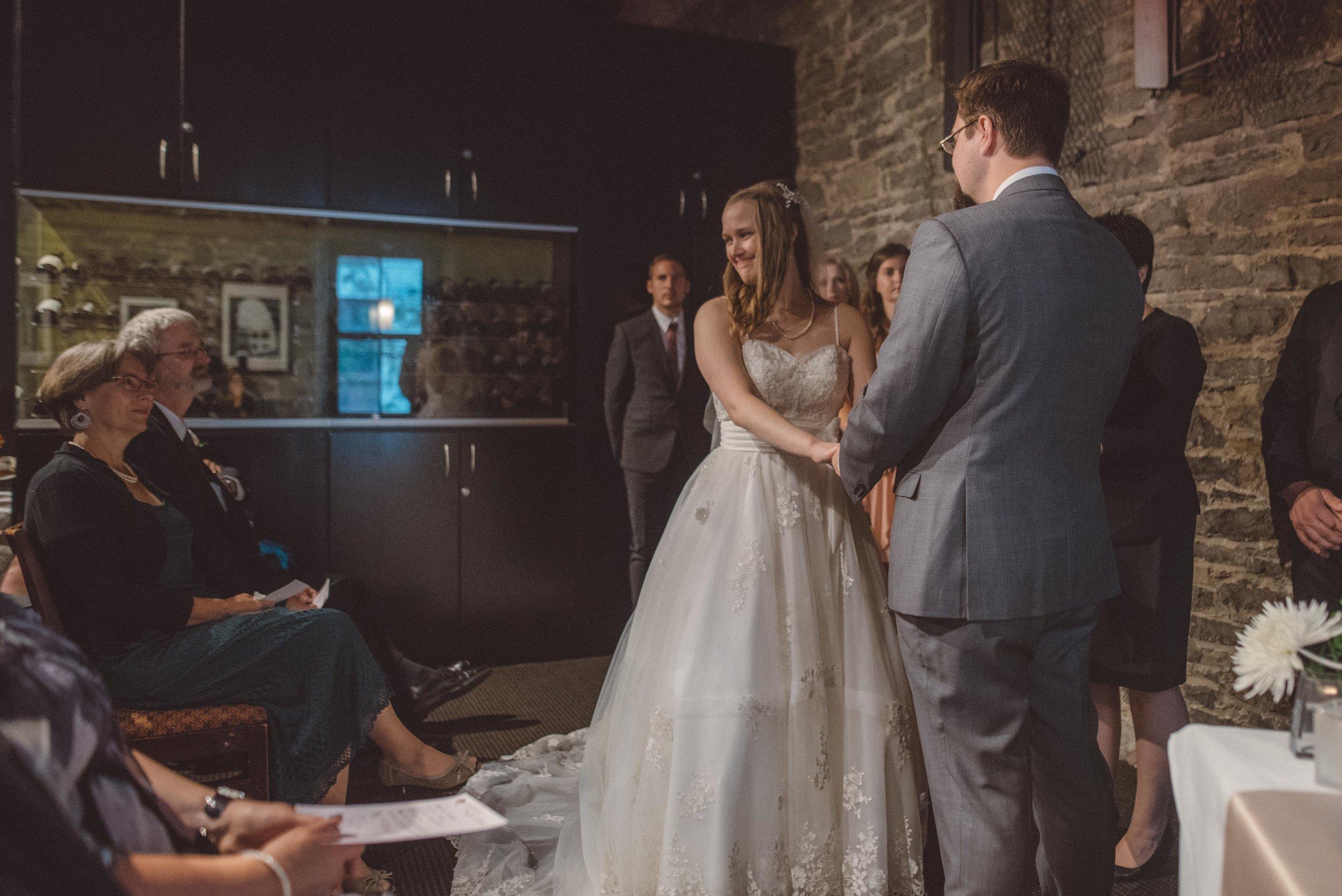wedding_photographer_lifestyle_documentary_photographe_ottawa_gatineau-35.jpg