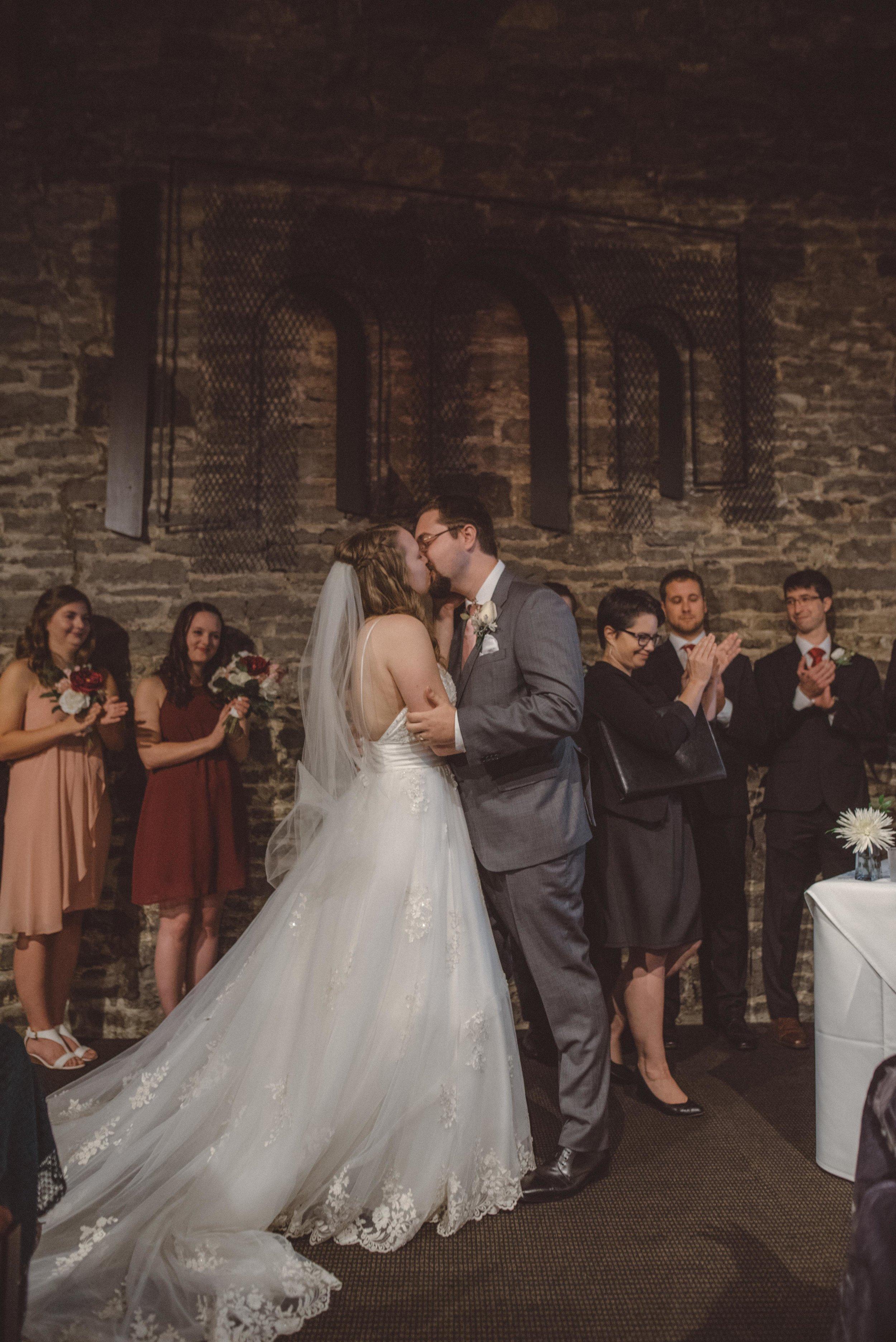 wedding_photographer_lifestyle_documentary_photographe_ottawa_gatineau-32.jpg