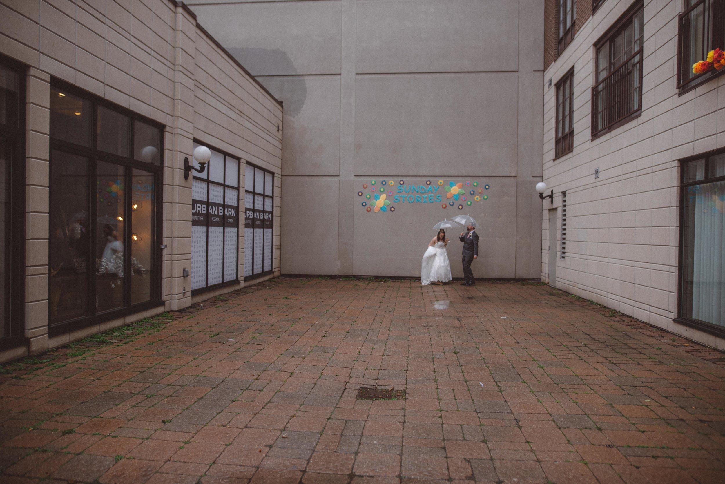 wedding_photographer_lifestyle_documentary_photographe_ottawa_gatineau-23.jpg