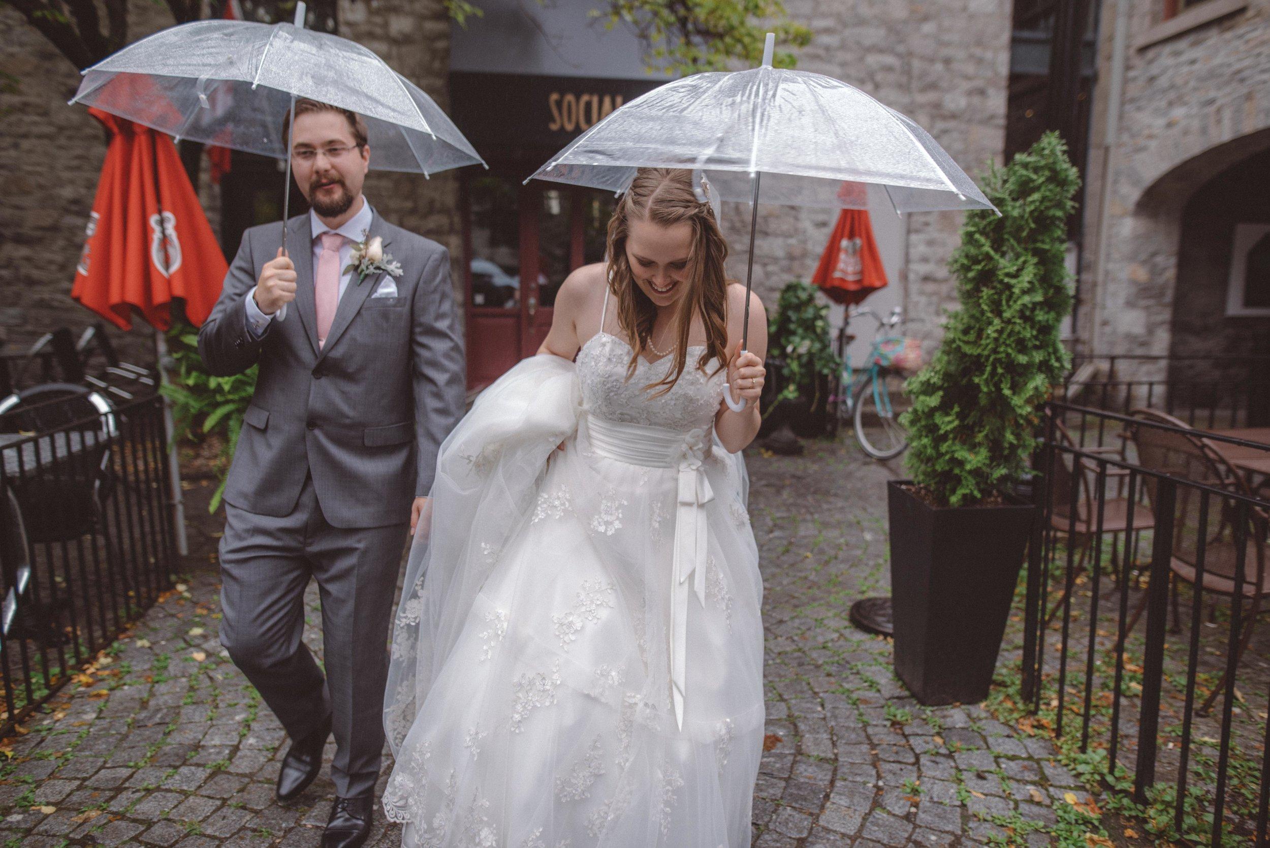 wedding_photographer_lifestyle_documentary_photographe_ottawa_gatineau-25.jpg