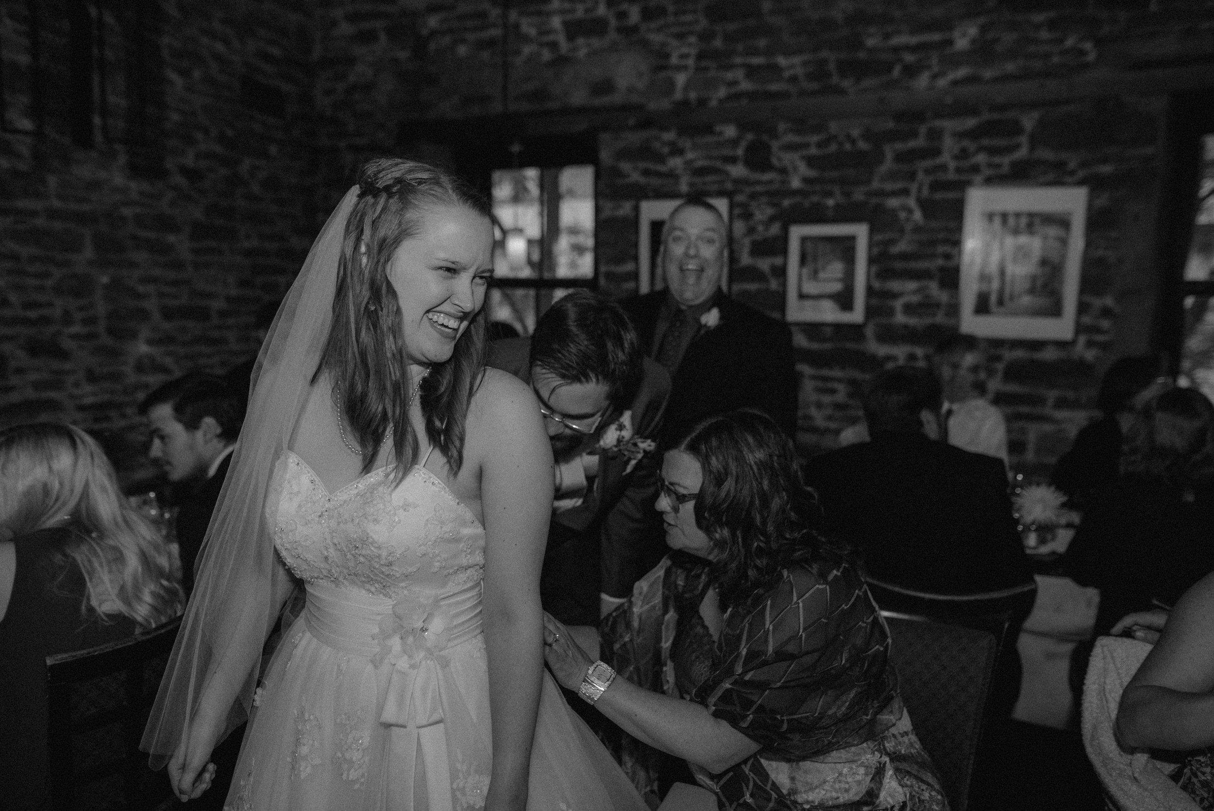 wedding_photographer_lifestyle_documentary_photographe_ottawa_gatineau-9.jpg