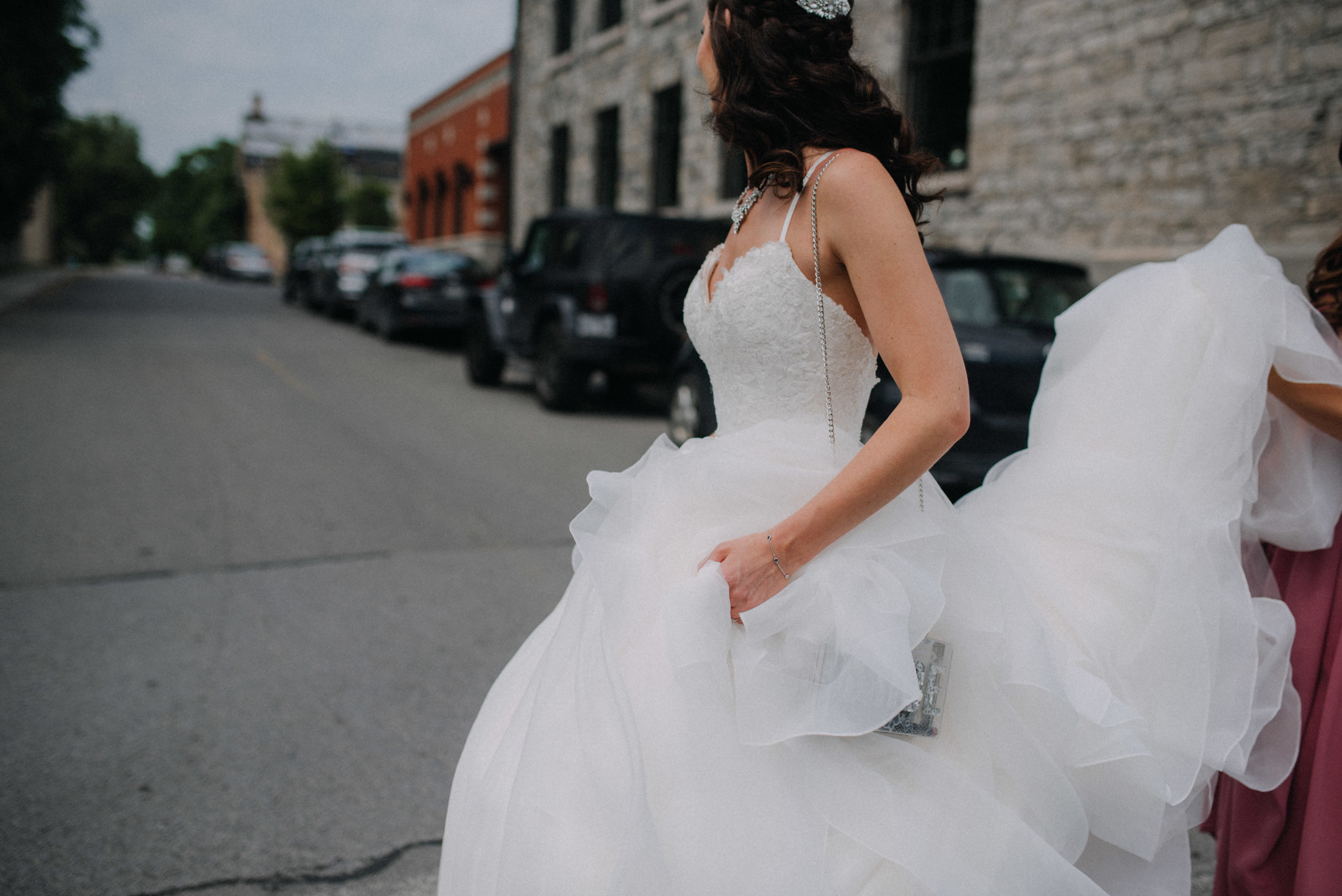 photographe_mariage_outaouais_gatineau_ottawa_wedding_photographer_candid_lifestyle_documentary_natasha_liard_photographs (18).jpg