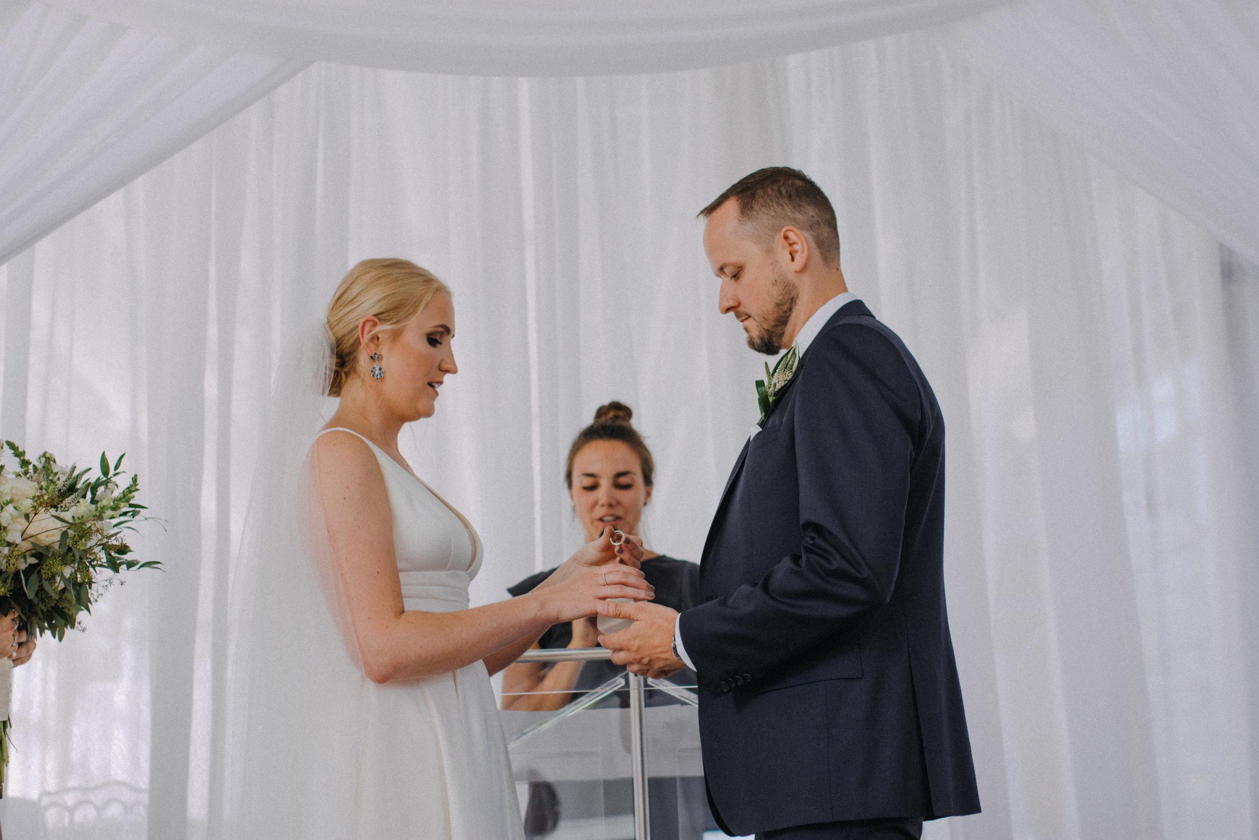 photographe_gatineau_mariage_ottawa_photographer_wedding_natasha_liard_photo_documentary_candid_lifestyle  (12).jpg