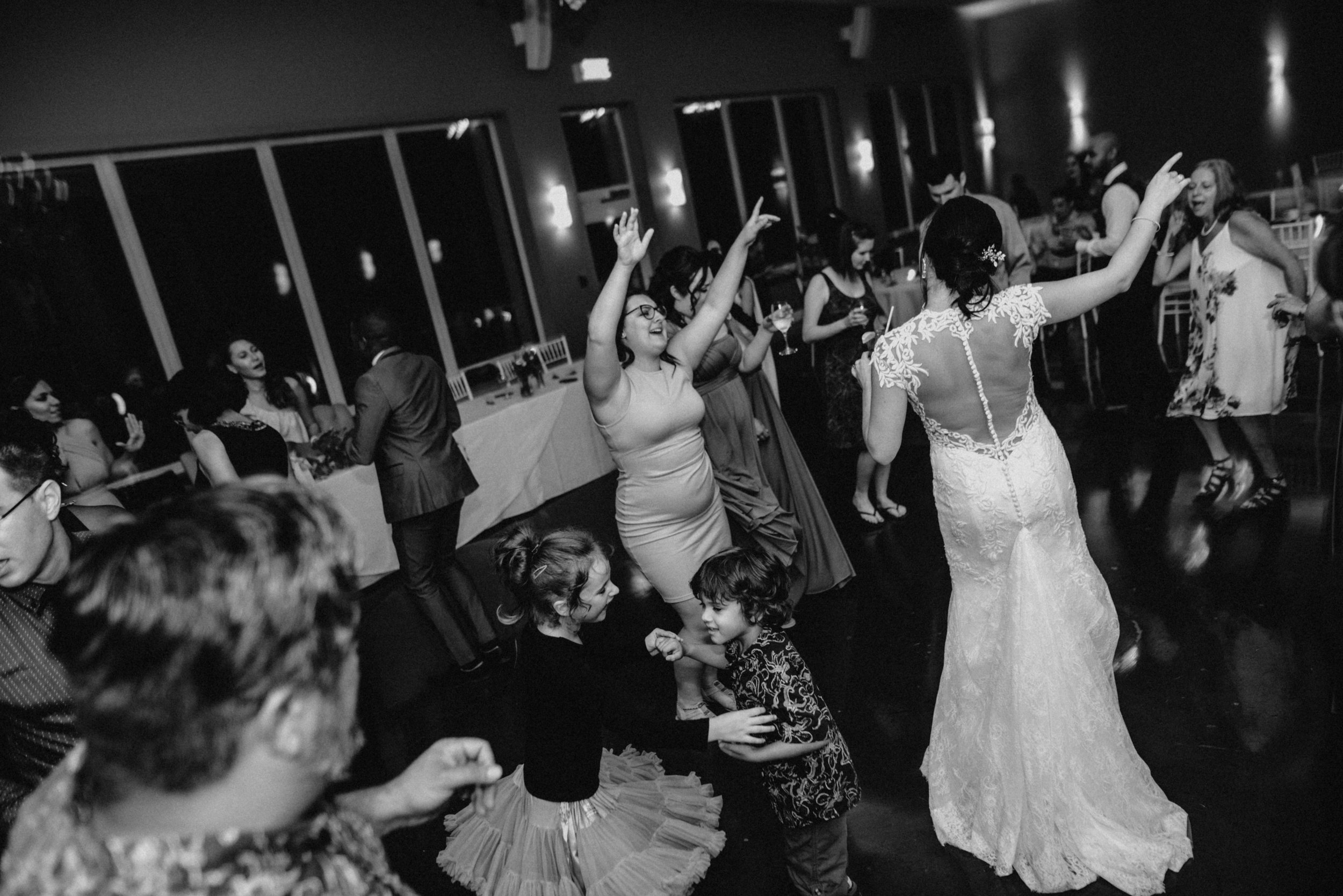 photographe_gatineau_mariage_ottawa_photographer_wedding_natasha_liard_photo_documentary_candid_lifestyle   (37).jpg