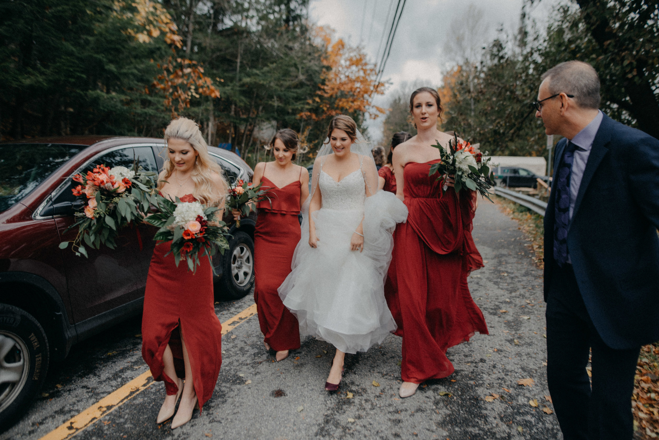 photographe_gatineau_mariage_ottawa_photographer_wedding_natasha_liard_photo_documentary_candid_lifestyle_wakefield_mill_red_bridge (23).jpg