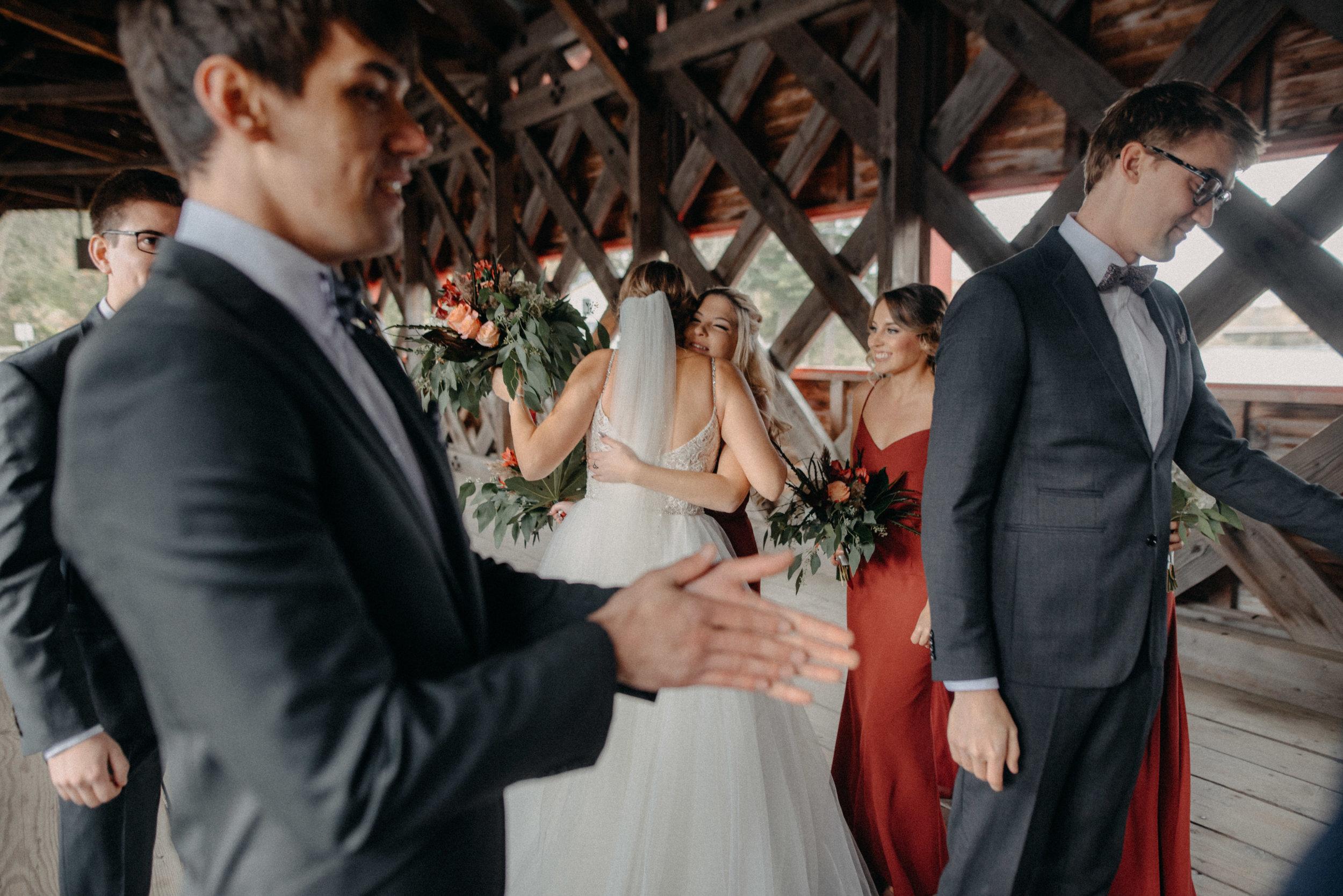 photographe_gatineau_mariage_ottawa_photographer_wedding_natasha_liard_photo_documentary_candid_lifestyle_wakefield_mill_red_bridge (36).jpg