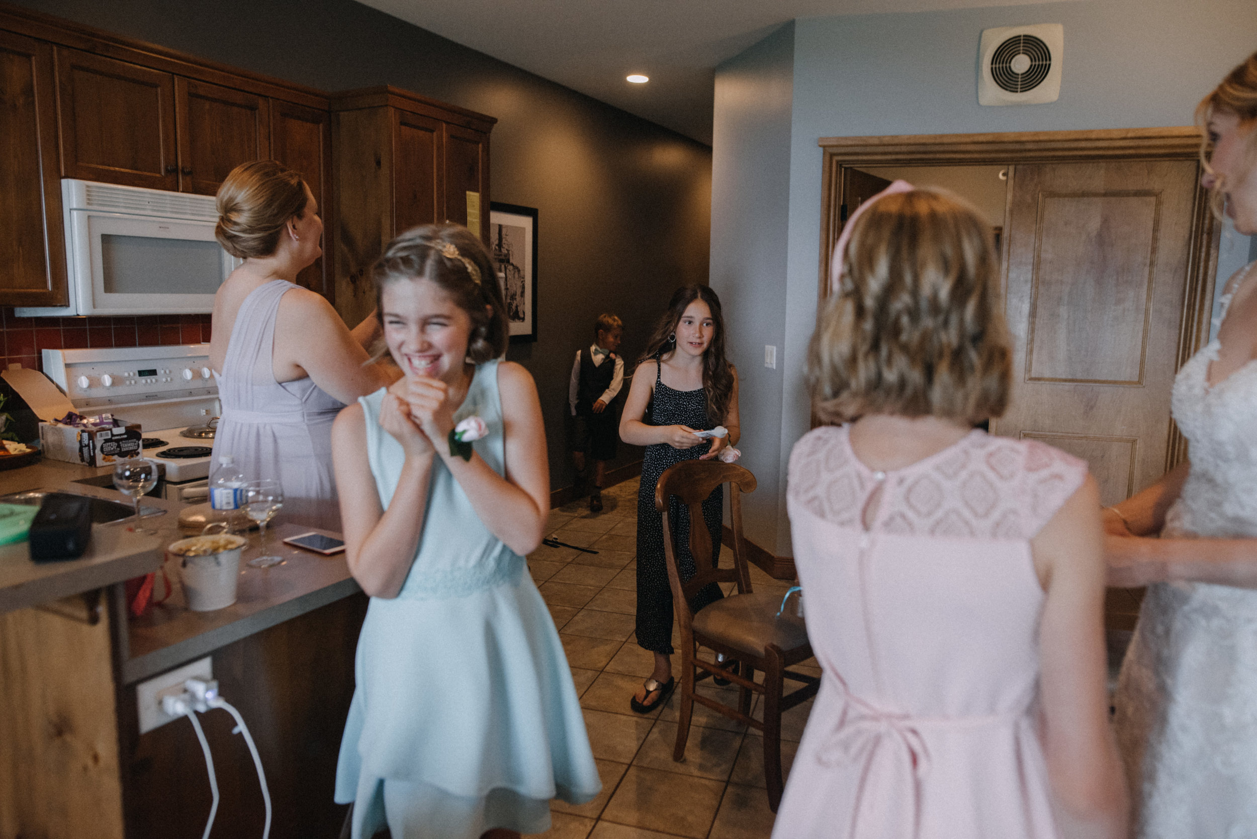 gatineau_photographe_mariage_ottawa_wedding_photography_documentary_candid_unposed_lifestyle_photography_photographie_613_family_famille (27).jpg