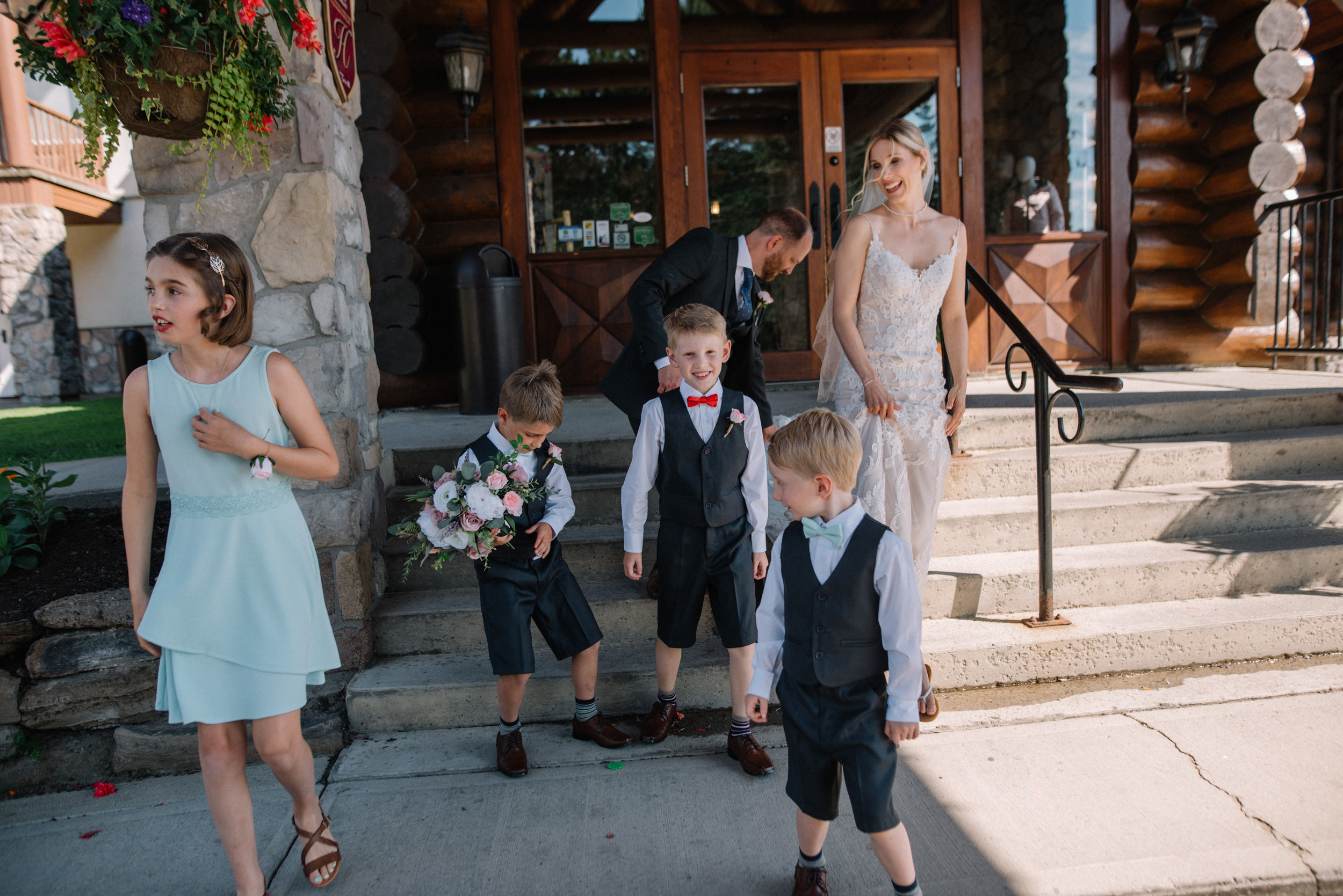 gatineau_photographe_mariage_ottawa_wedding_photography_documentary_candid_unposed_lifestyle_photography_photographie_613_family_famille (54).jpg