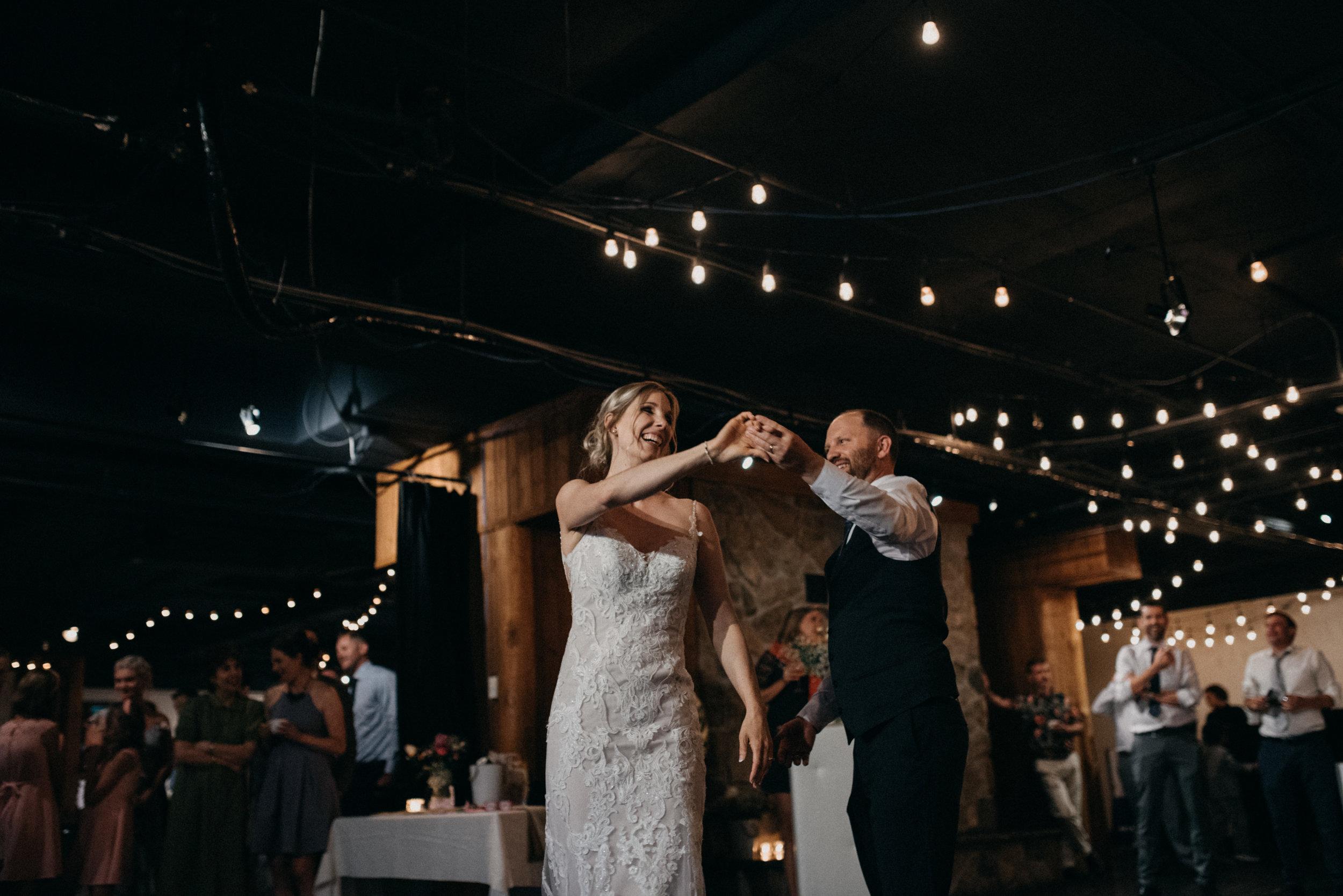 gatineau_photographe_mariage_ottawa_wedding_photography_documentary_candid_unposed_lifestyle_photography_photographie_613_family_famille (15).jpg