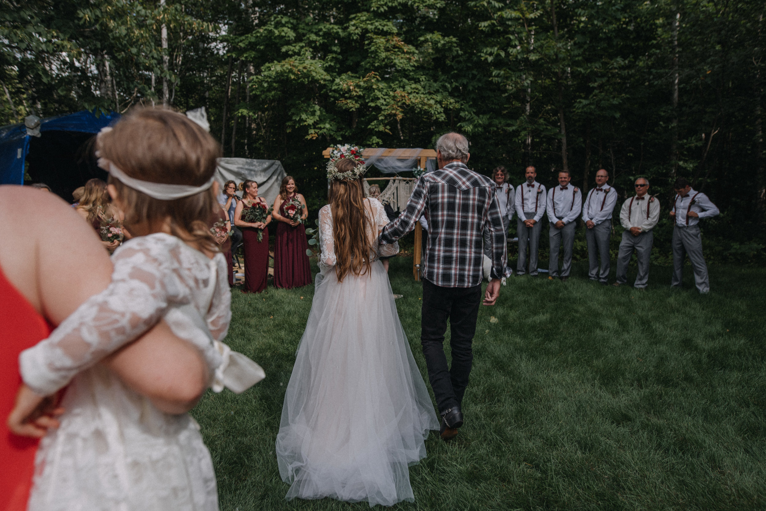ottawa_wedding_photographer_gatineau_photographe_mariage_documentary_candid_photojournalist_natural_raw_boho_wedding_backyard (15).JPG