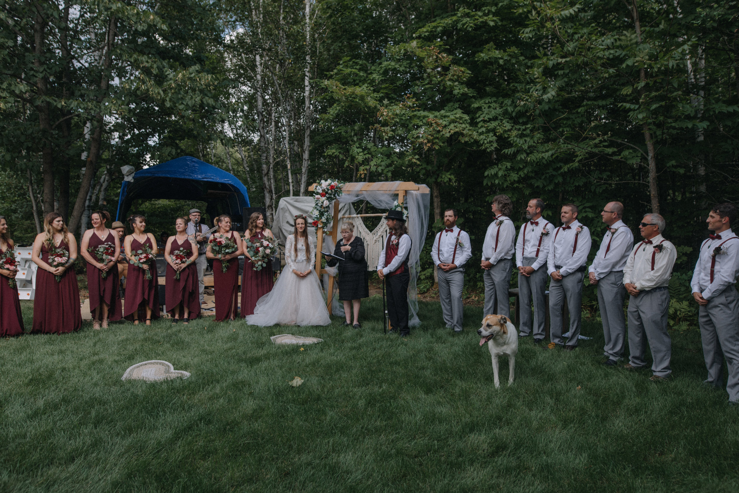 ottawa_wedding_photographer_gatineau_photographe_mariage_documentary_candid_photojournalist_natural_raw_boho_wedding_backyard (16).JPG