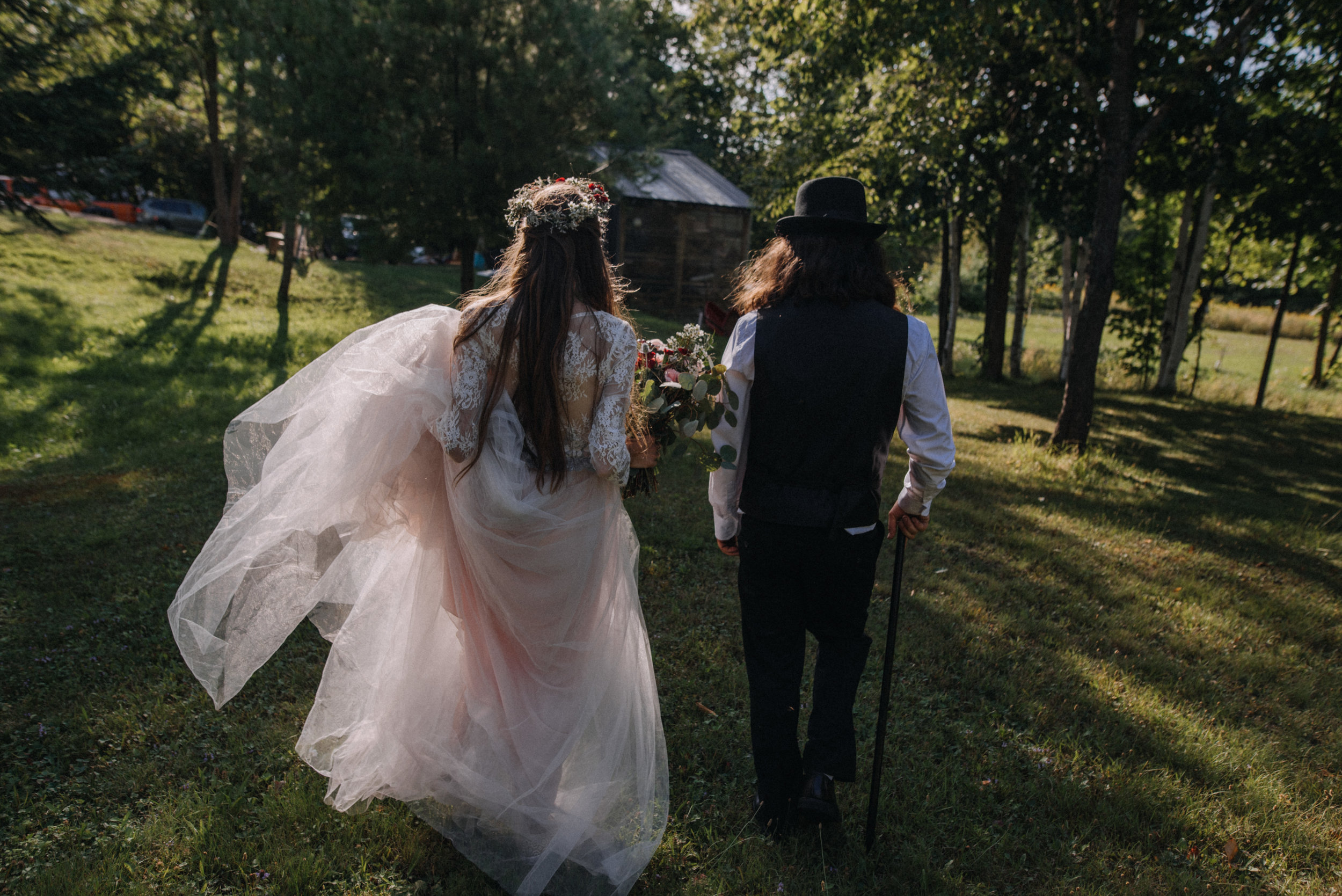 ottawa_wedding_photographer_gatineau_photographe_mariage_documentary_candid_photojournalist_natural_raw_boho_wedding_backyard (30).JPG