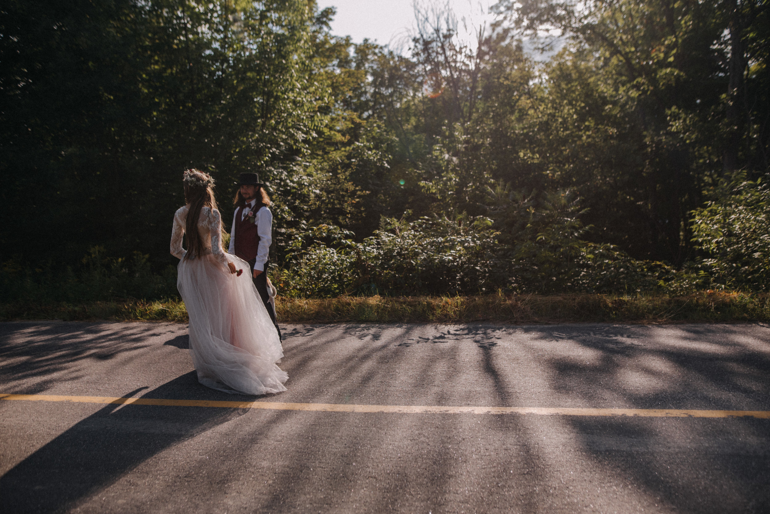 ottawa_wedding_photographer_gatineau_photographe_mariage_documentary_candid_photojournalist_natural_raw_boho_wedding_backyard (38).JPG