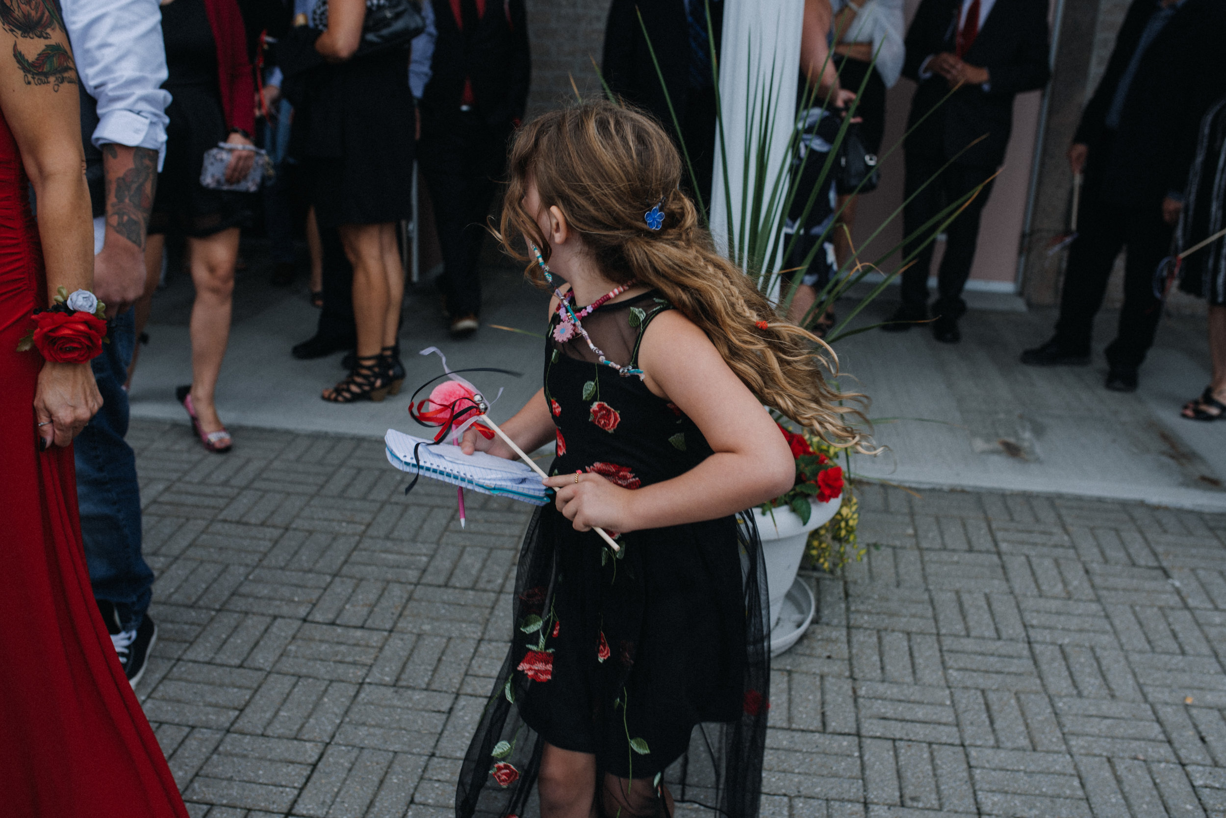 gatineau_photographe_mariage_ottawa_wedding_photographer_photography_candid_natural_moody_documentary_lifestyle (23).JPG