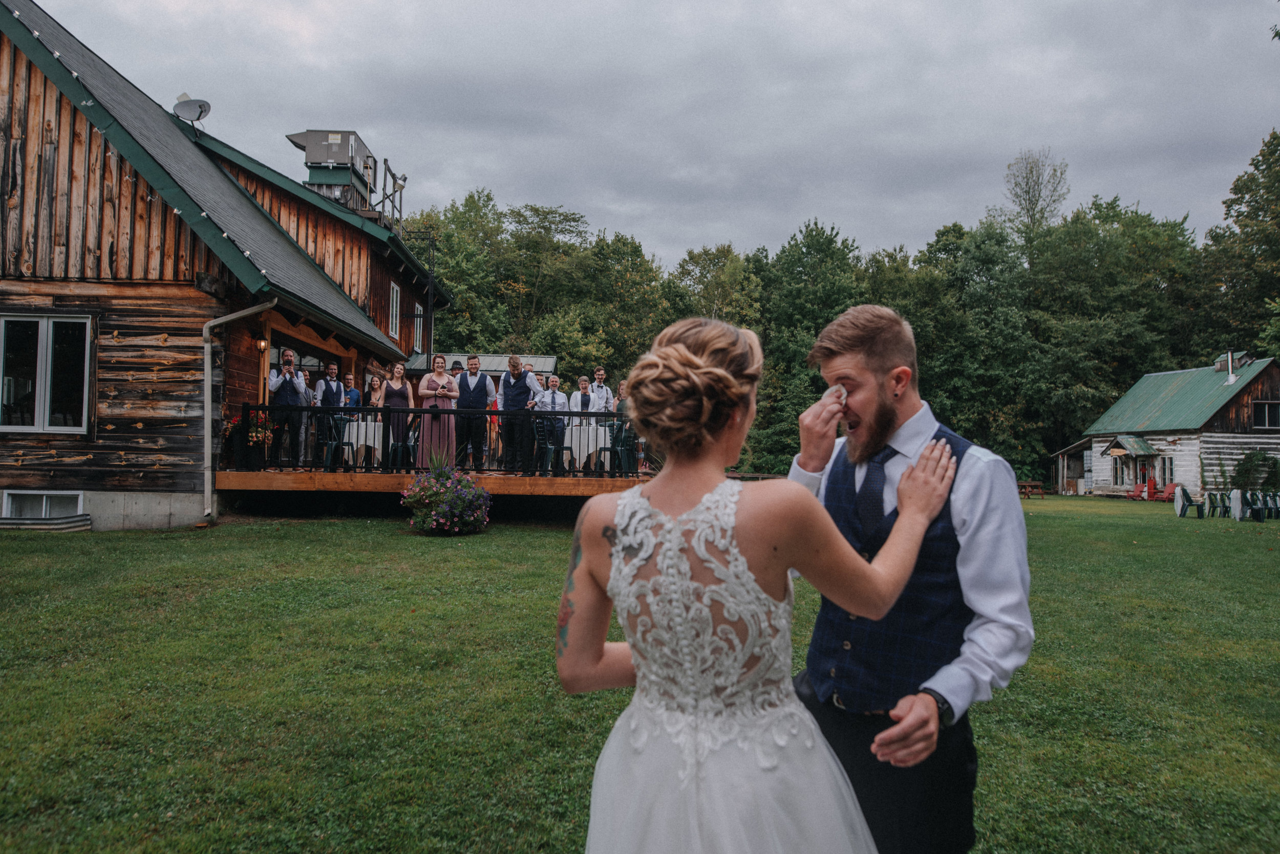 photographe_gatineau_mariage_ottawa_wedding_photographer_candid_natural_lifestyle_documentary_photography_photographie_naturelle_emotions_bride_intimate_elopment (29).JPG
