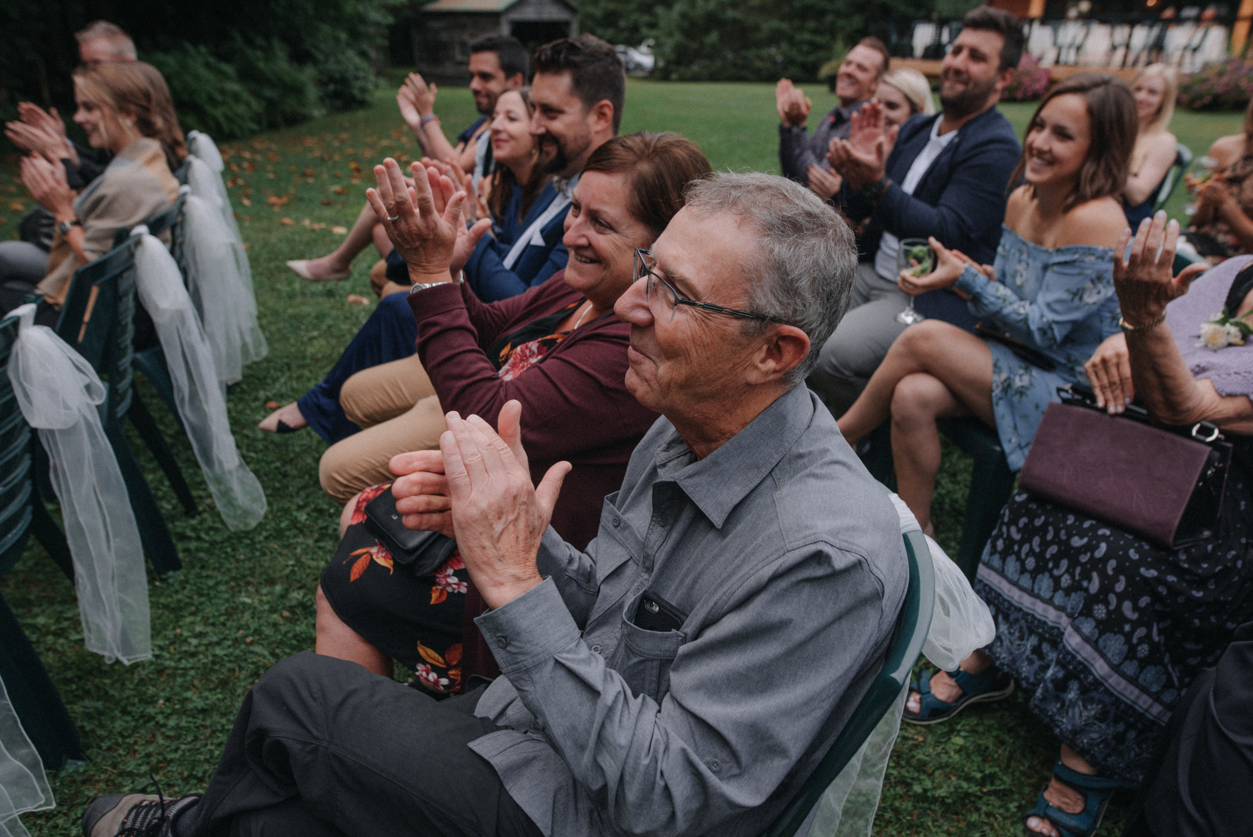 photographe_gatineau_mariage_ottawa_wedding_photographer_candid_natural_lifestyle_documentary_photography_photographie_naturelle_emotions_bride_intimate_elopment (40).JPG