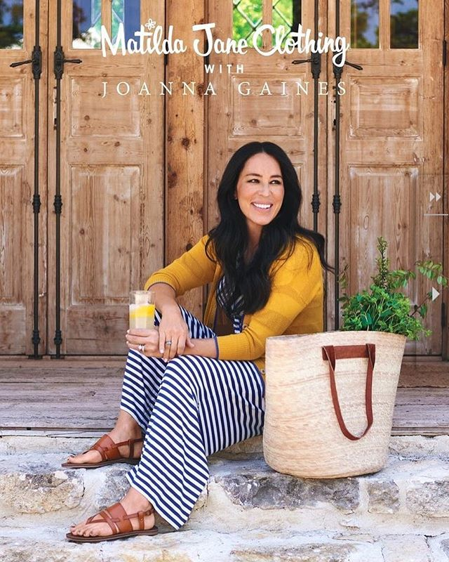 New styling work for @matildajaneclothing with @joannagaines 🍋🌿🌼