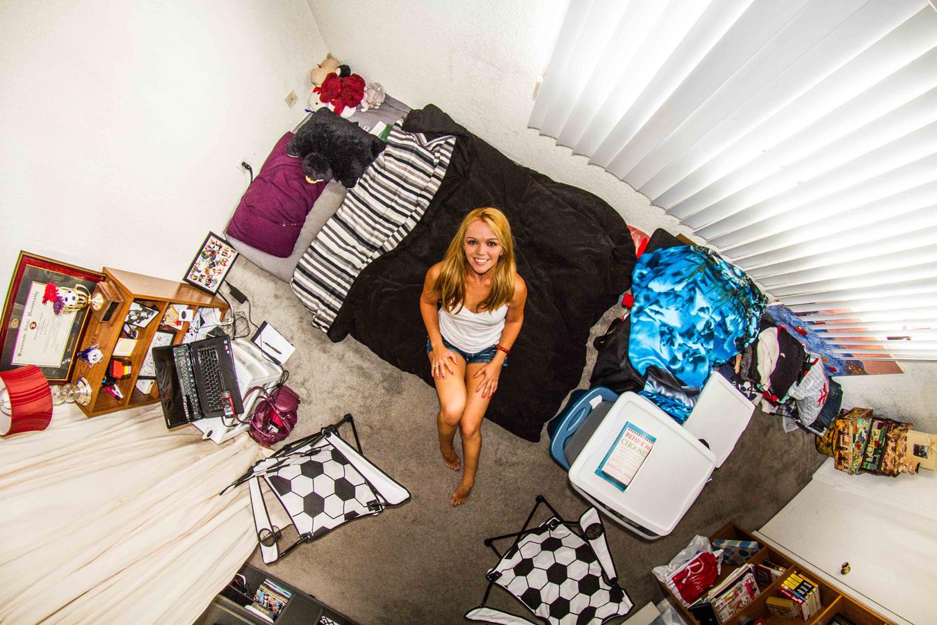 Los Angeles, USA: Tosha, a 26-year-old dancer.