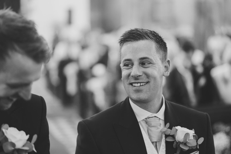 Devon Wedding Photographer5.jpg