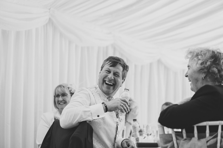 Devon Wedding Photographer12.jpg