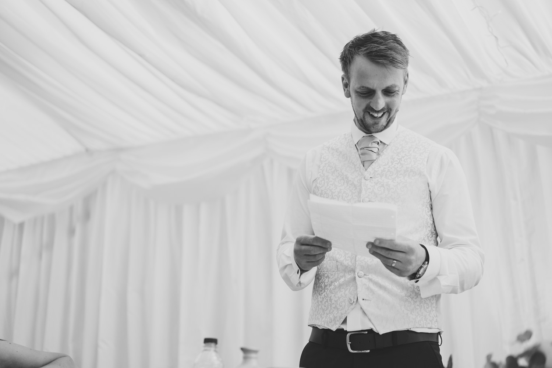 Devon Wedding Photographer14.jpg