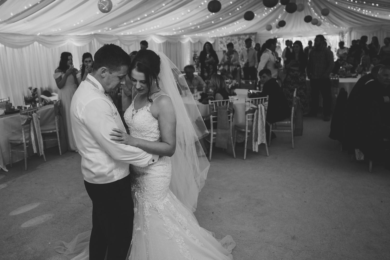 Devon Wedding Photographer17.jpg