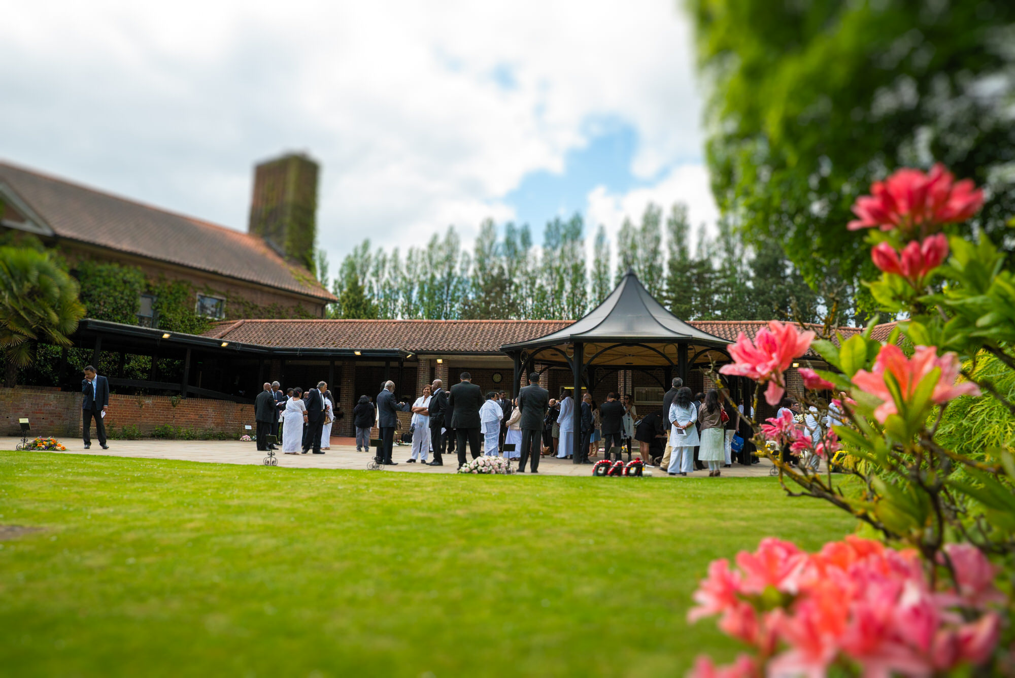 West Herts Crematorium Funeral Filming - Buddhist Funeral Filming - 10th May 2018
