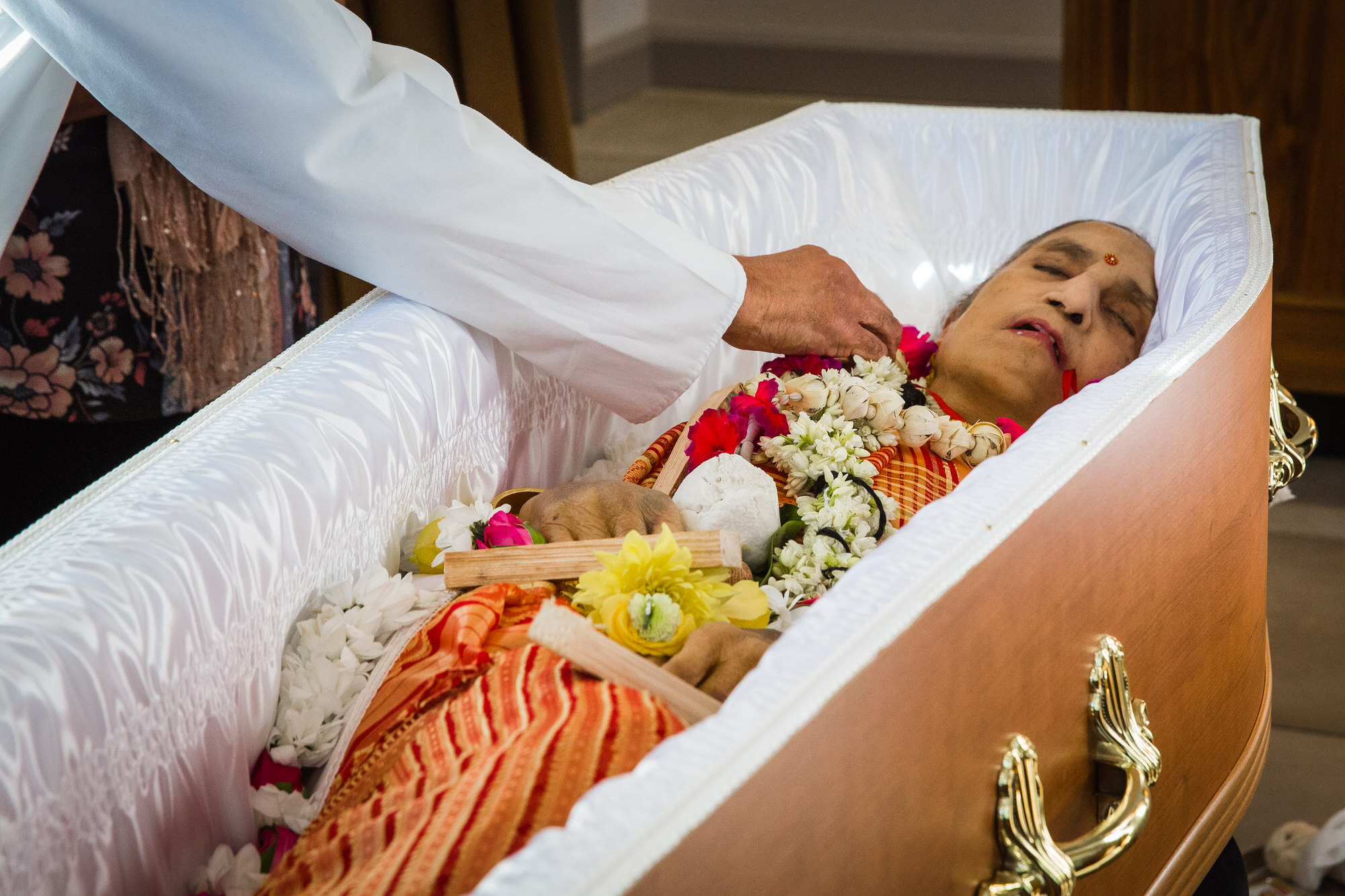 Thorncliffe Crematorium Barrow-in-Funrness Funeral Photographer, Hindu Funeral Photography