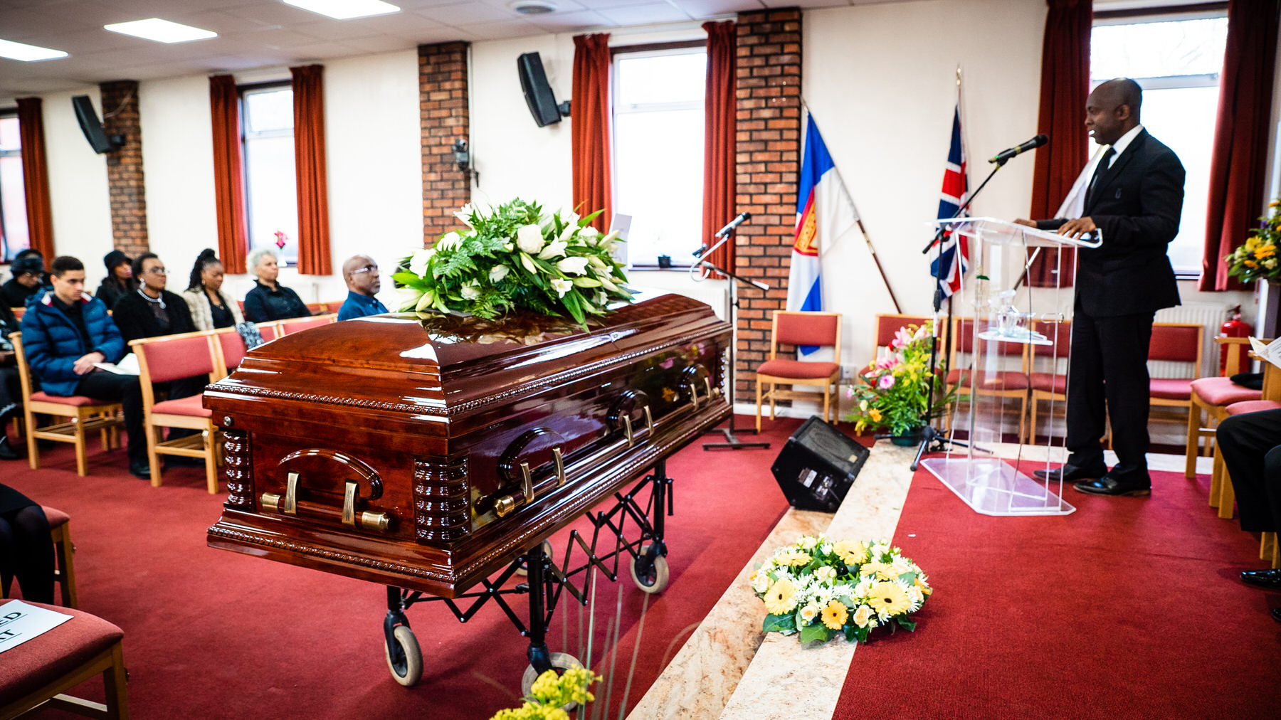 Funeral Photographer at New Southgate Cemetery and Crematorium
