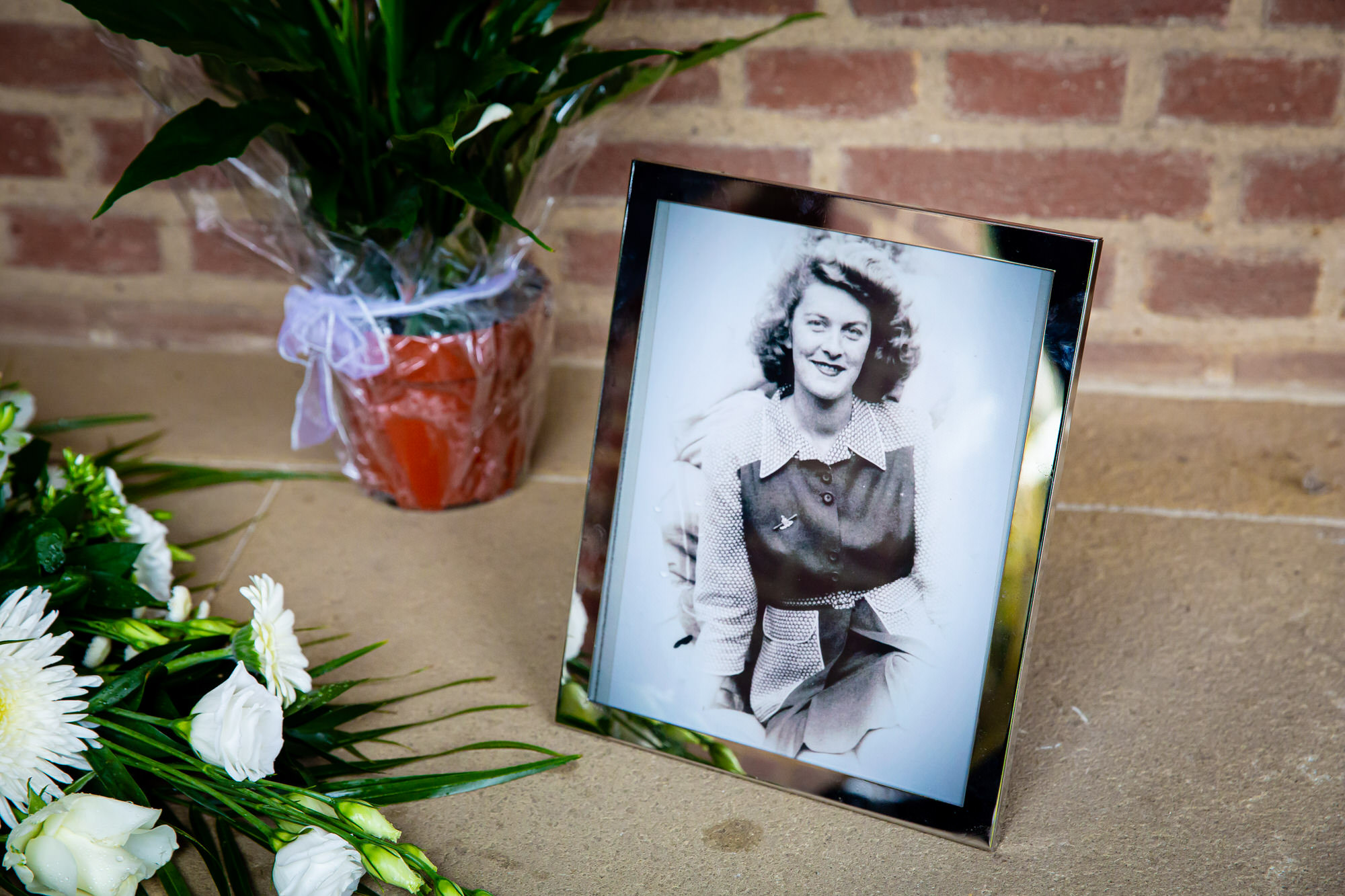 Funeral Photographer at South West Middlesex Crematorium