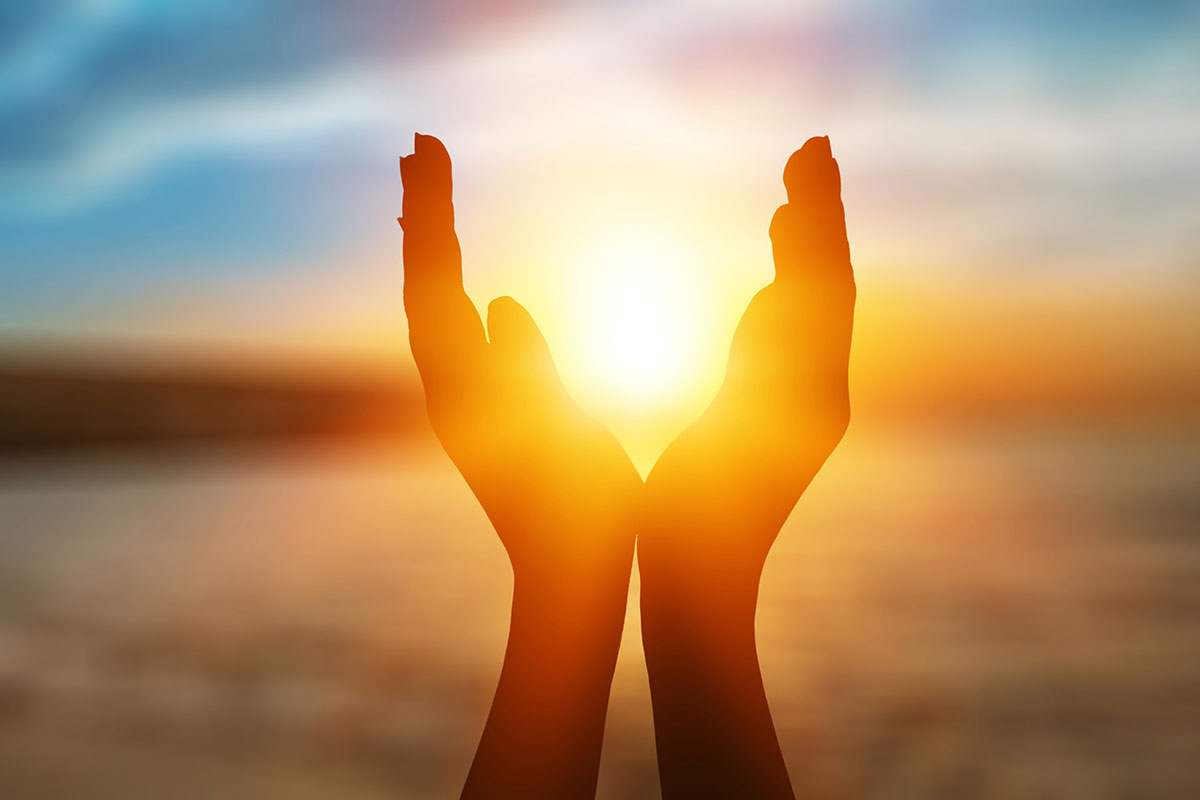 solstice-summer-practice-yoga-eyt-practice.jpg