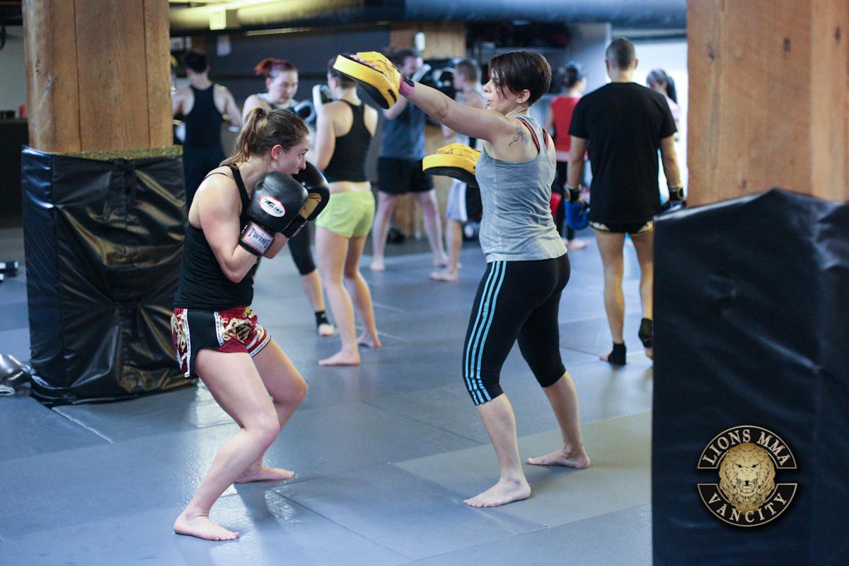 LIONS MMA VANCITY - 2014-04-22 - Ron Sombilon Photography-27-WEB.jpg