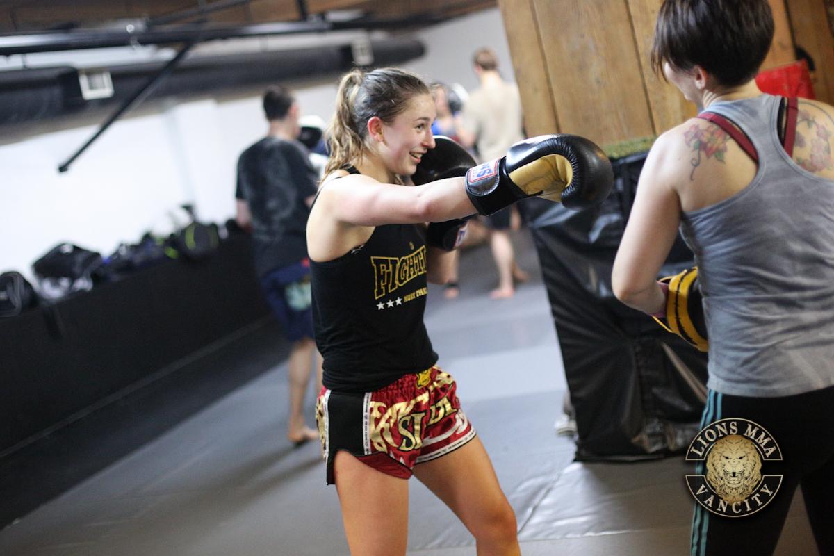 LIONS MMA VANCITY - 2014-04-22 - Ron Sombilon Photography-28-WEB.jpg
