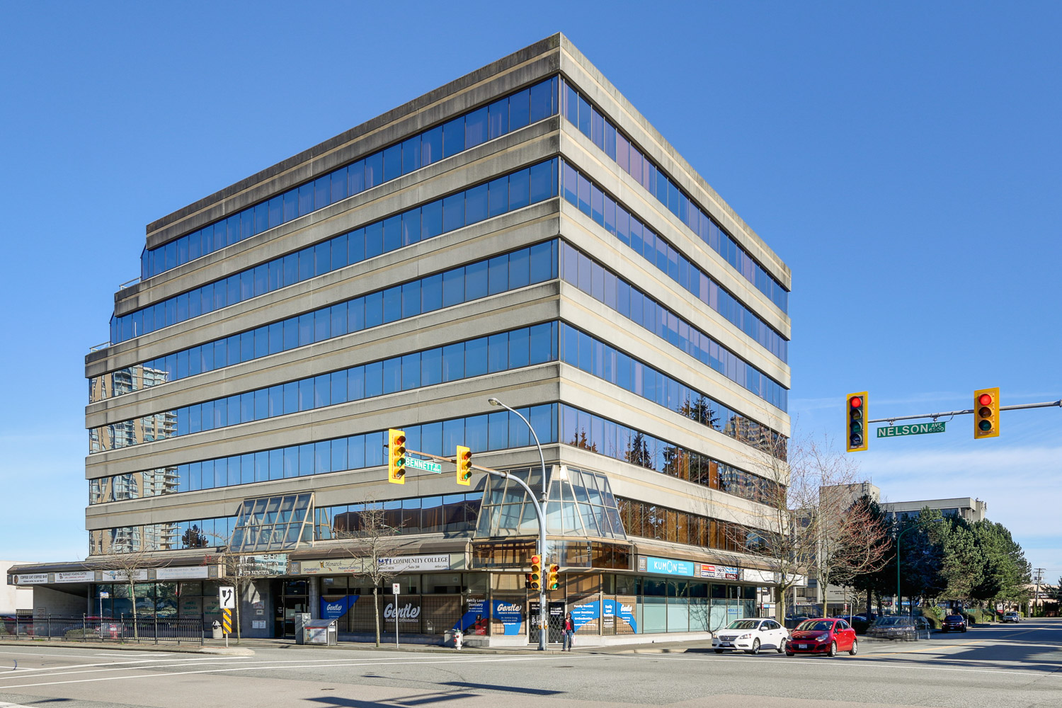 Our Burnaby Dental Centre is located on the SE corner of Kingsway at Nelson, 1-block east of Metropolis at Metrotown.
