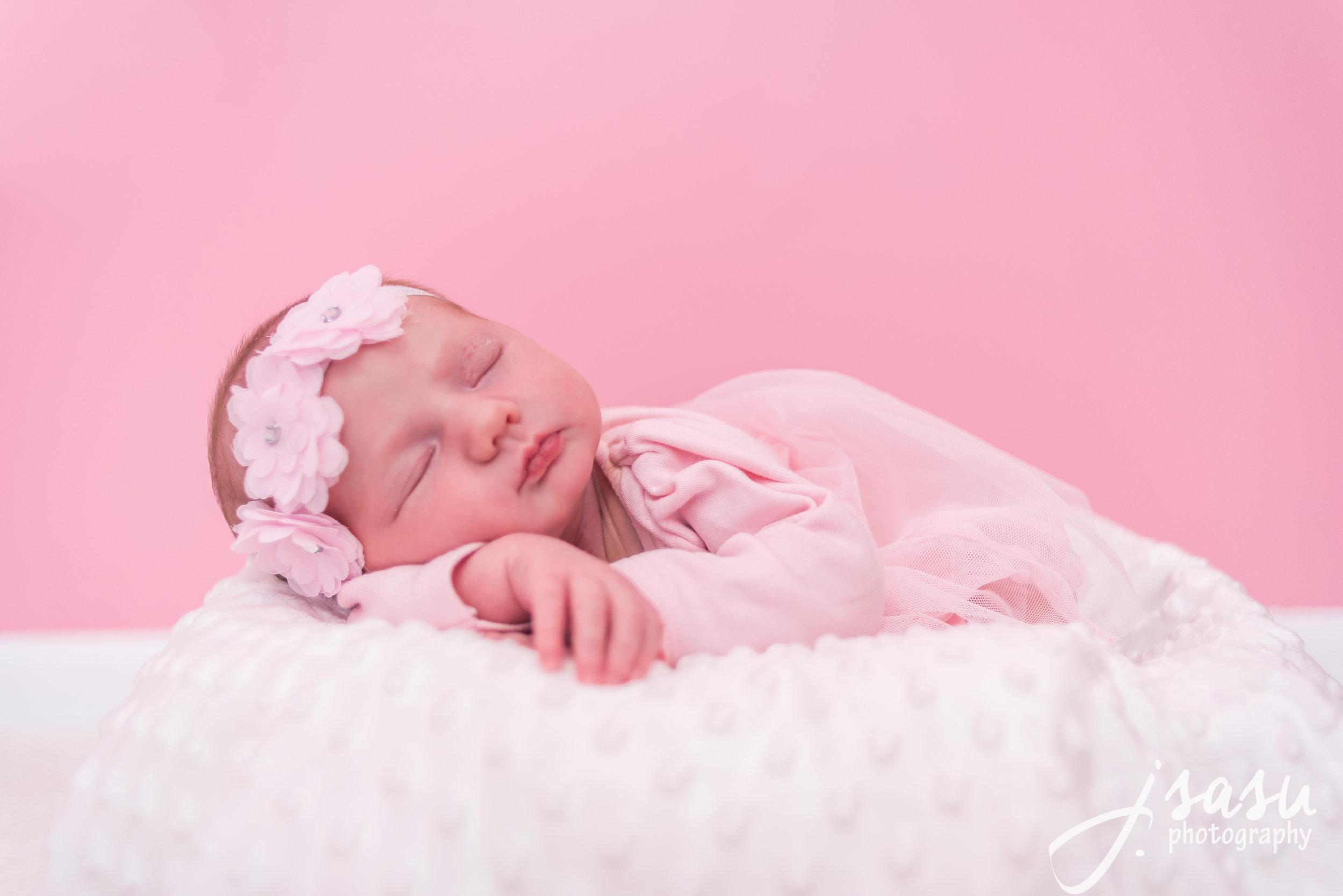 newbornhailey (1 of 5).jpg
