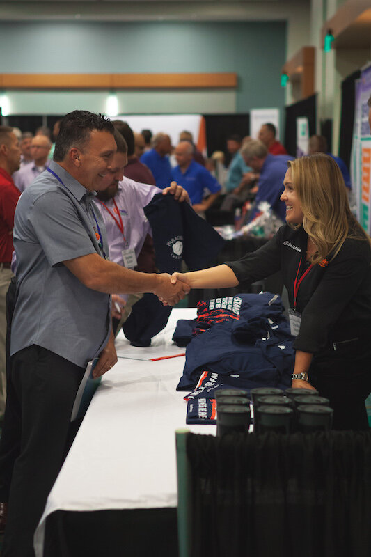 Contractor Networks in the Expo Display Hall.jpg