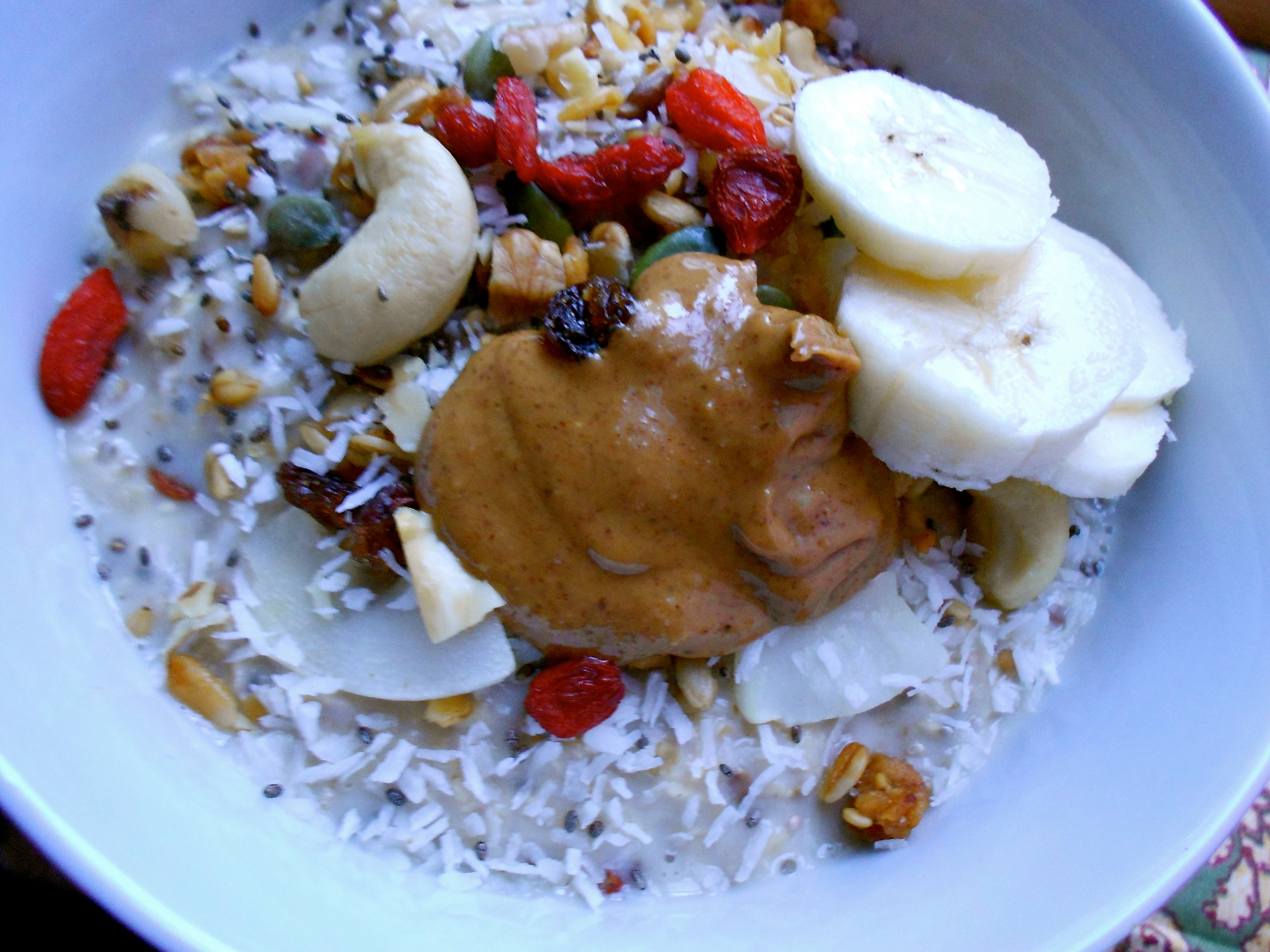Day 3:  Make ahead O atmeal Chia Fruit & Nut Bowl